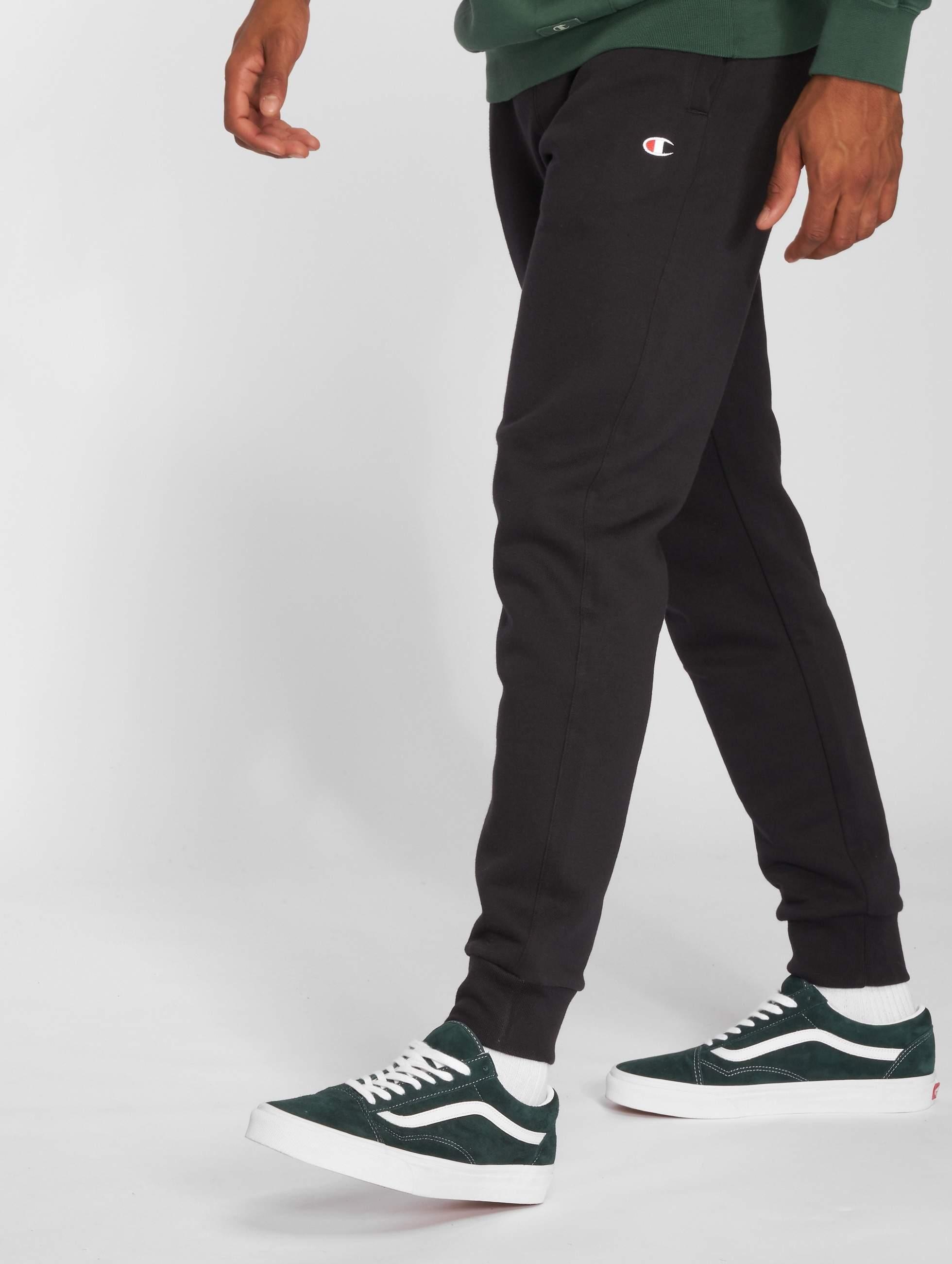 Champion Athletics Männer Jogginghose Authentic in schwarz