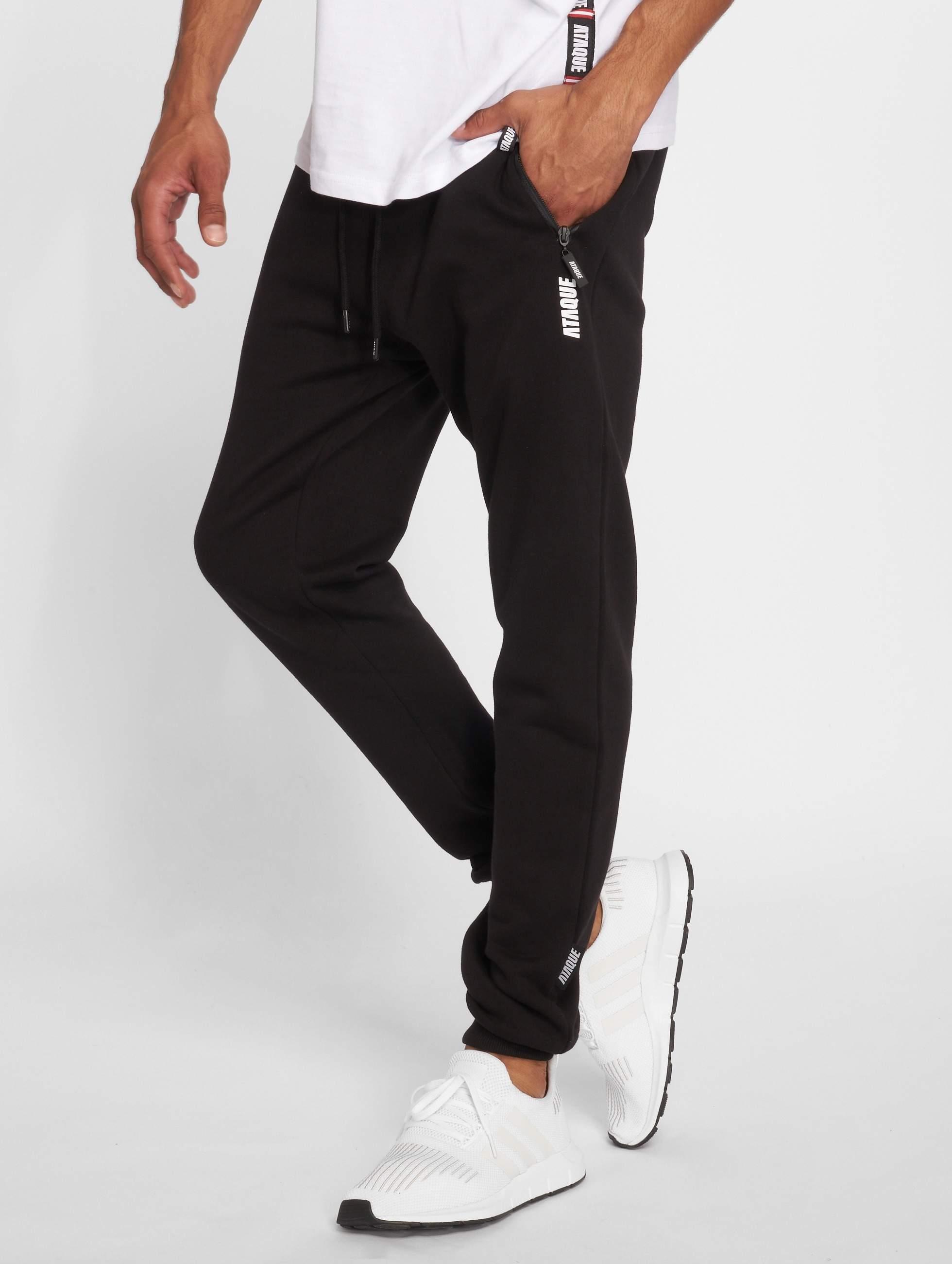 Ataque / Sweat Pant Leon in black XL