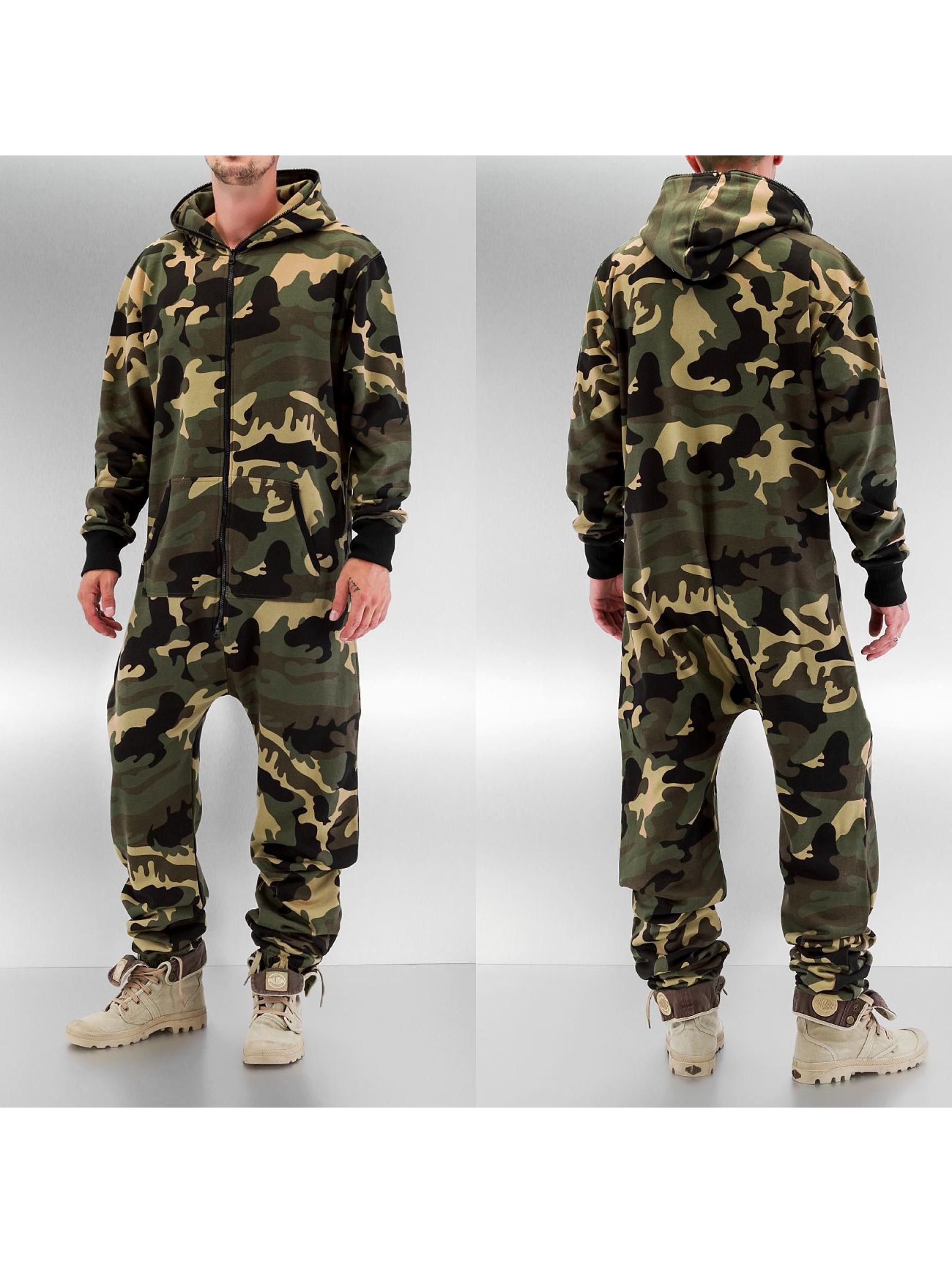 Urban Classics Männer Jumpsuit Camo in camouflage