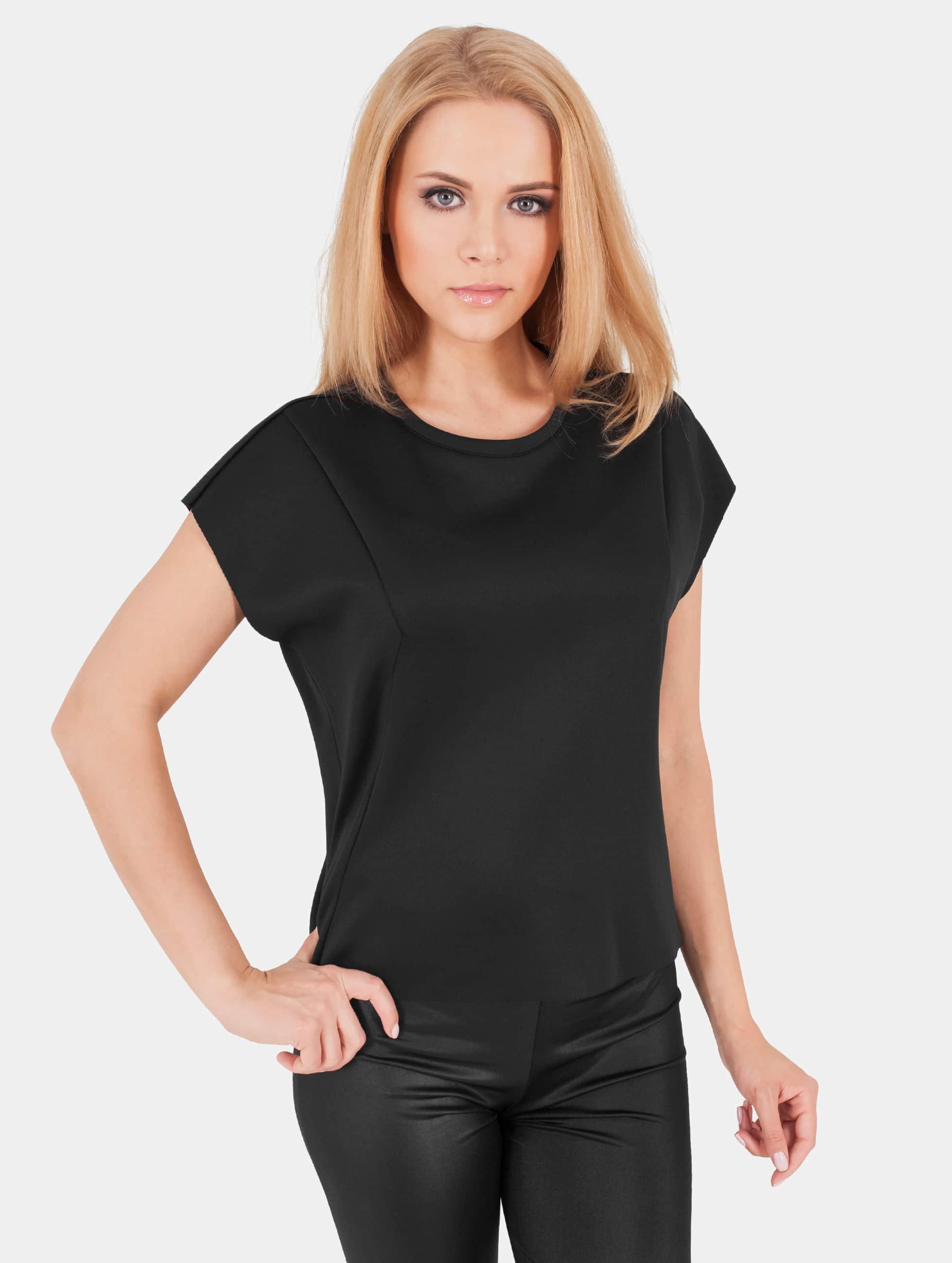 Urban Classics Frauen T-Shirt Scuba in schwarz