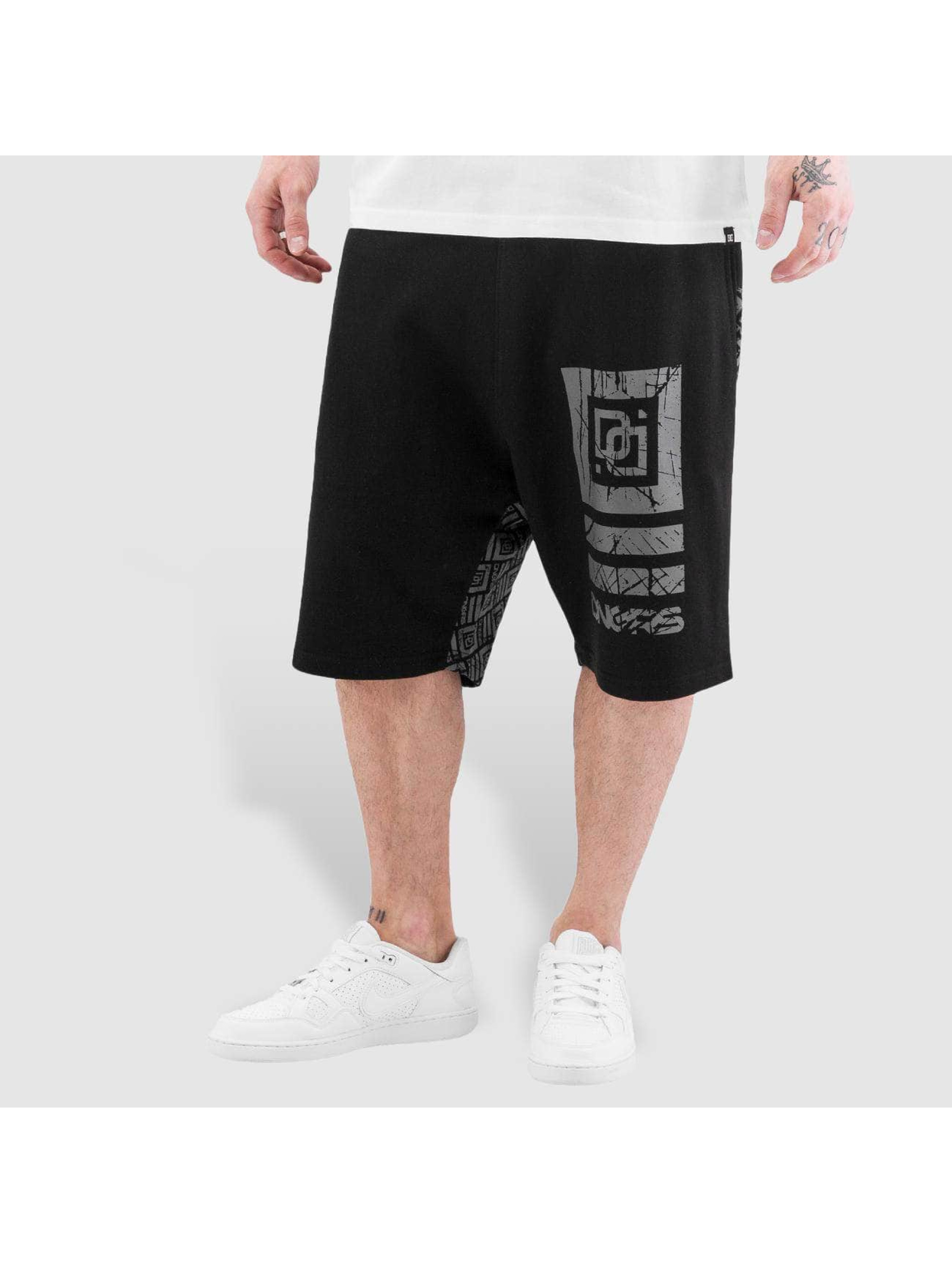 Dangerous DNGRS / Short Big Logo in black S