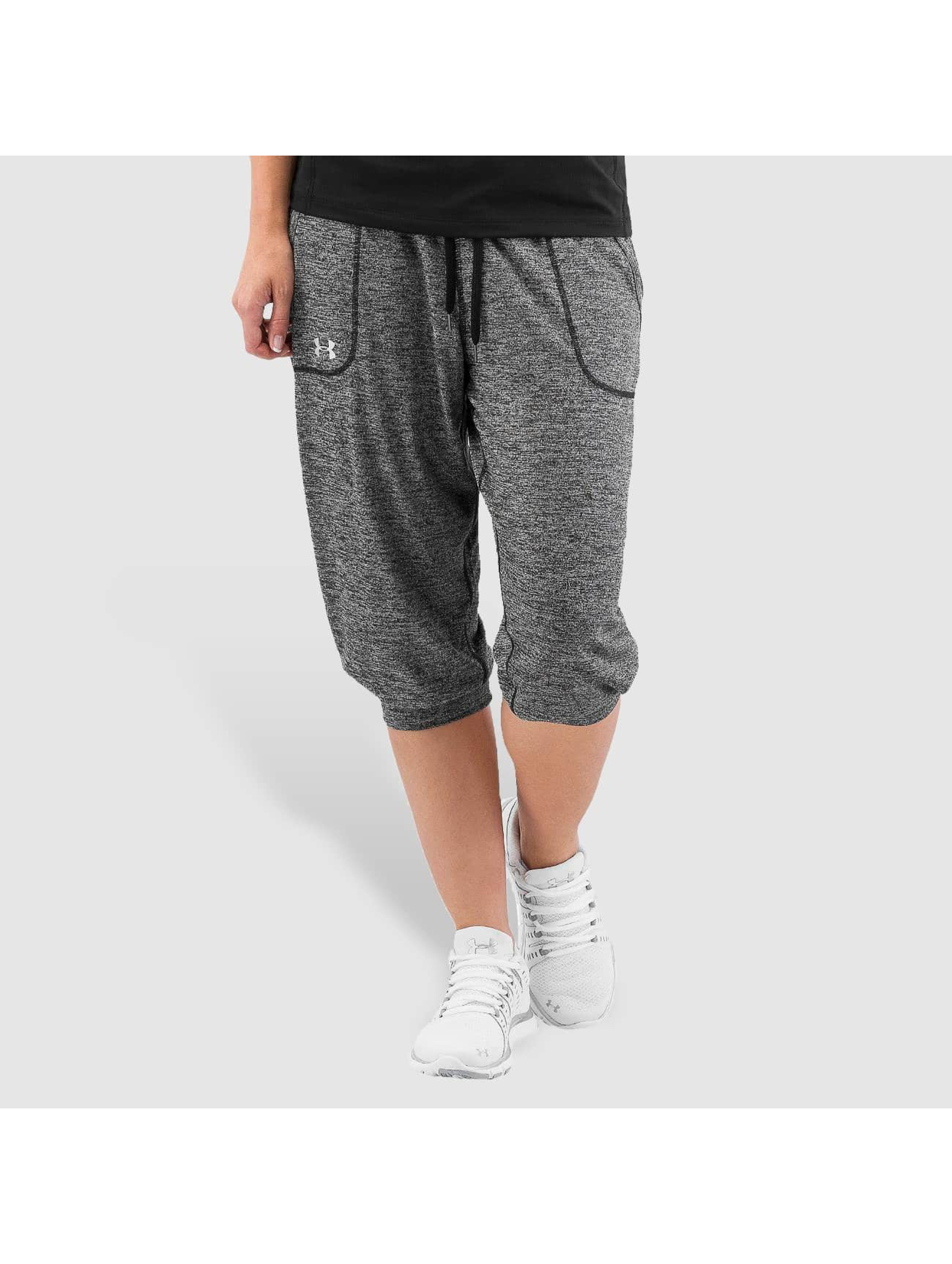 Under Armour Frauen Jogginghose Tech Capri Twist in schwarz