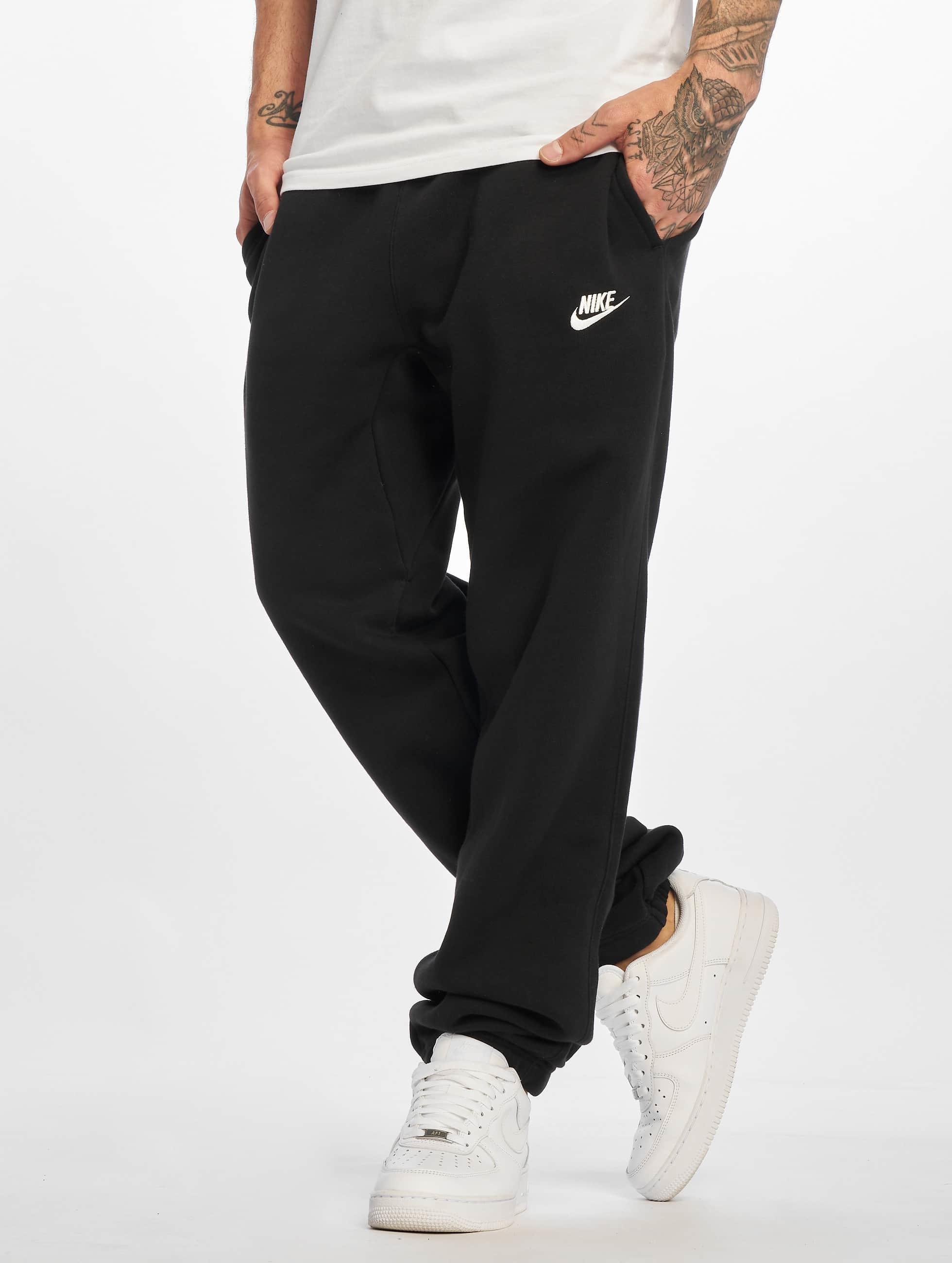 Nike Männer Jogginghose NSW CF FLC Club in schwarz