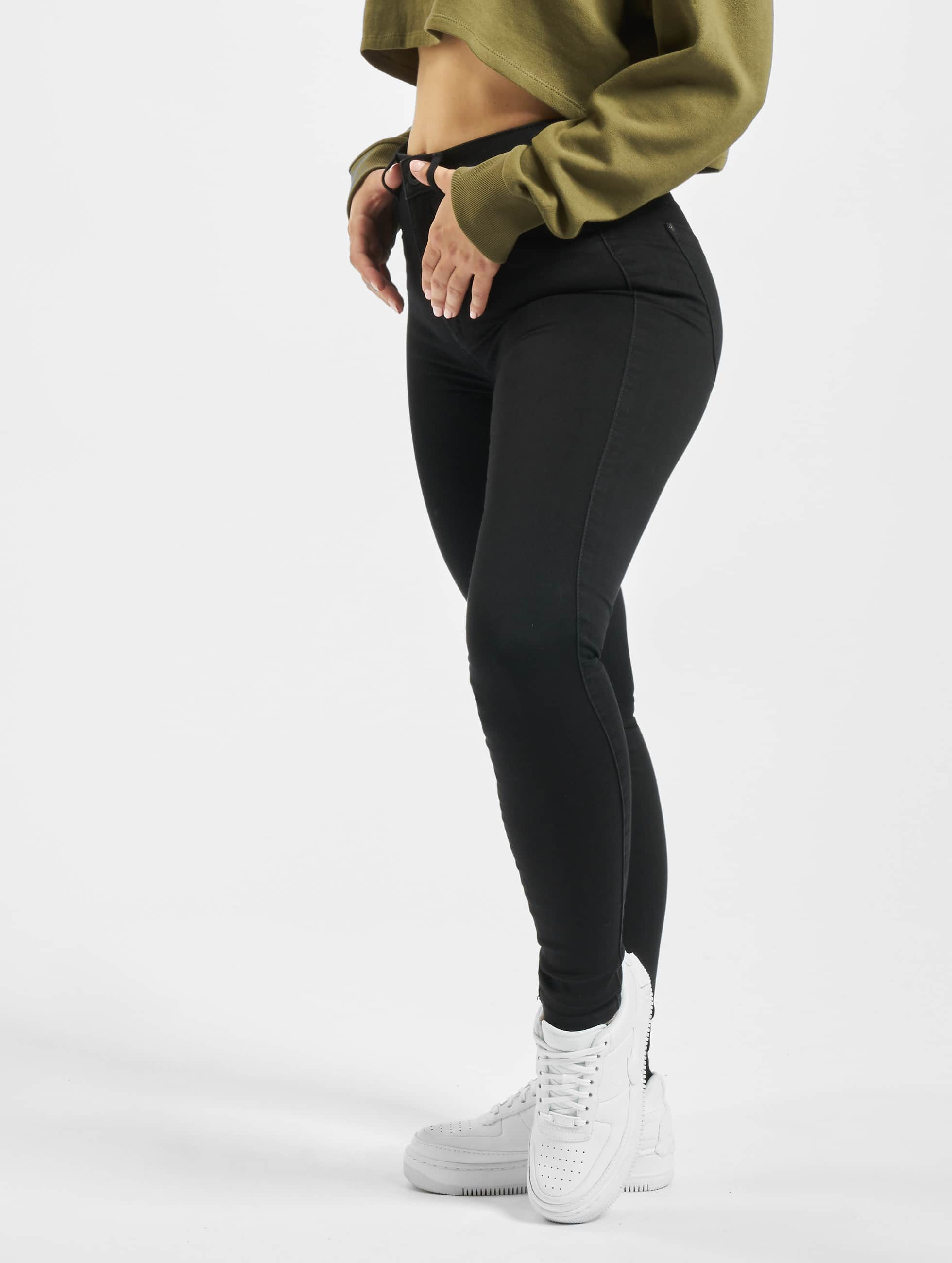 HIGH WAIST JEANS. Our selection of ONLY high waisted jeans is diverse in colours, washes and materials. From ripped and destroyed to classic blue denim and coated black variants, we have a model, that will match your need.