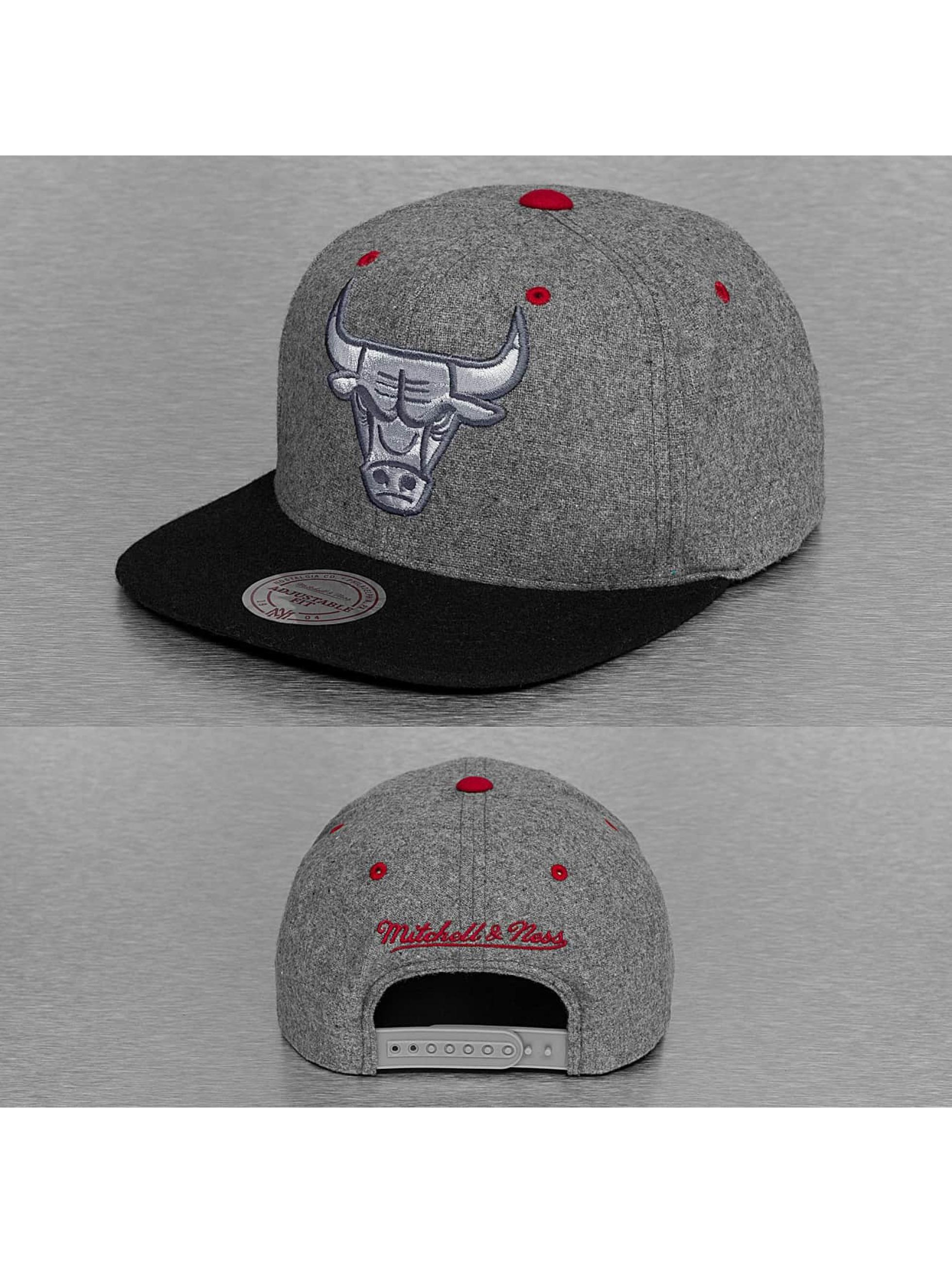 Mitchell & Ness Greyton Chicago Bulls Snapback Cap Grey/Black Sale Angebote