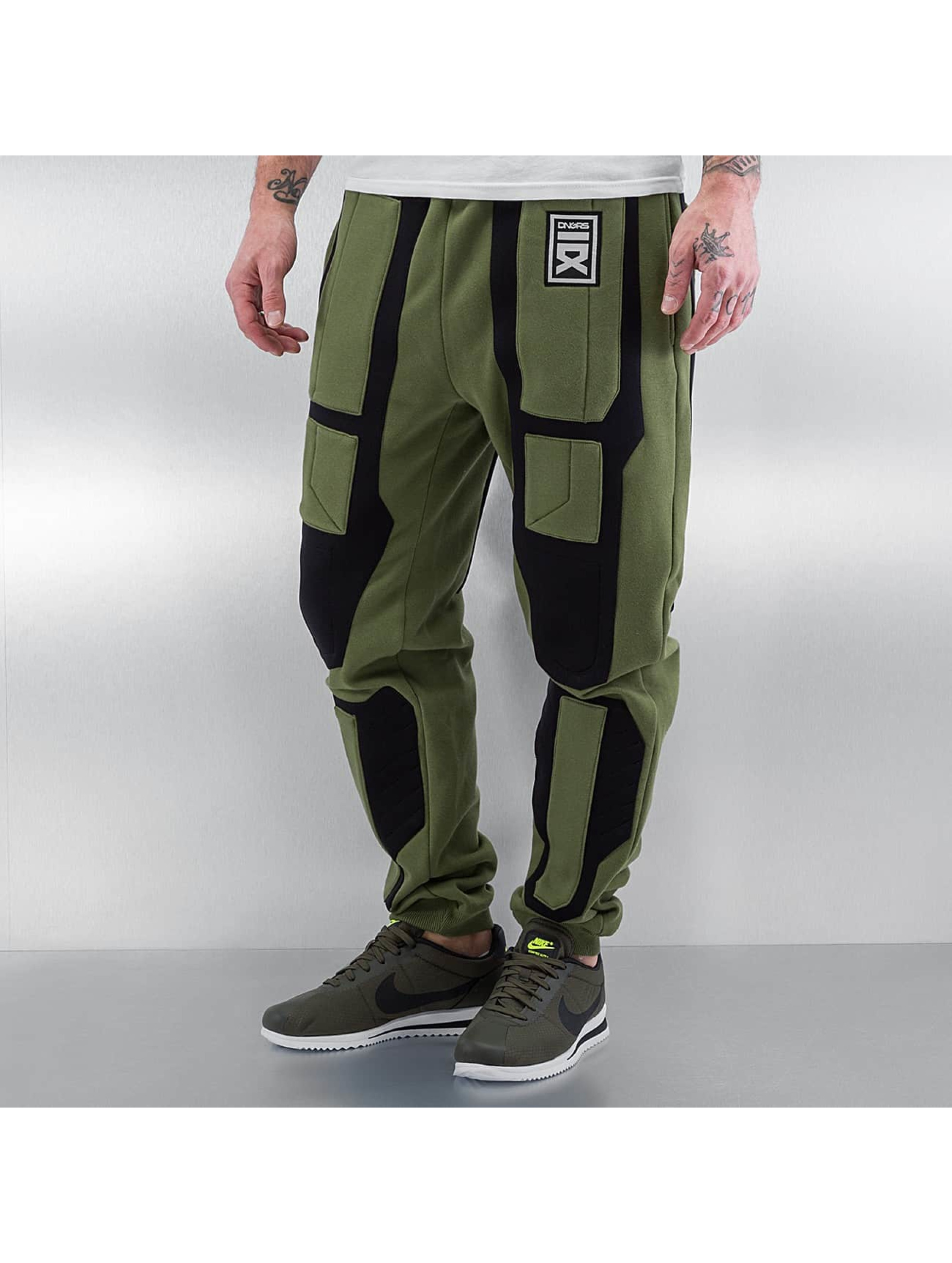 Dangerous DNGRS Männer Jogginghose Protection in olive