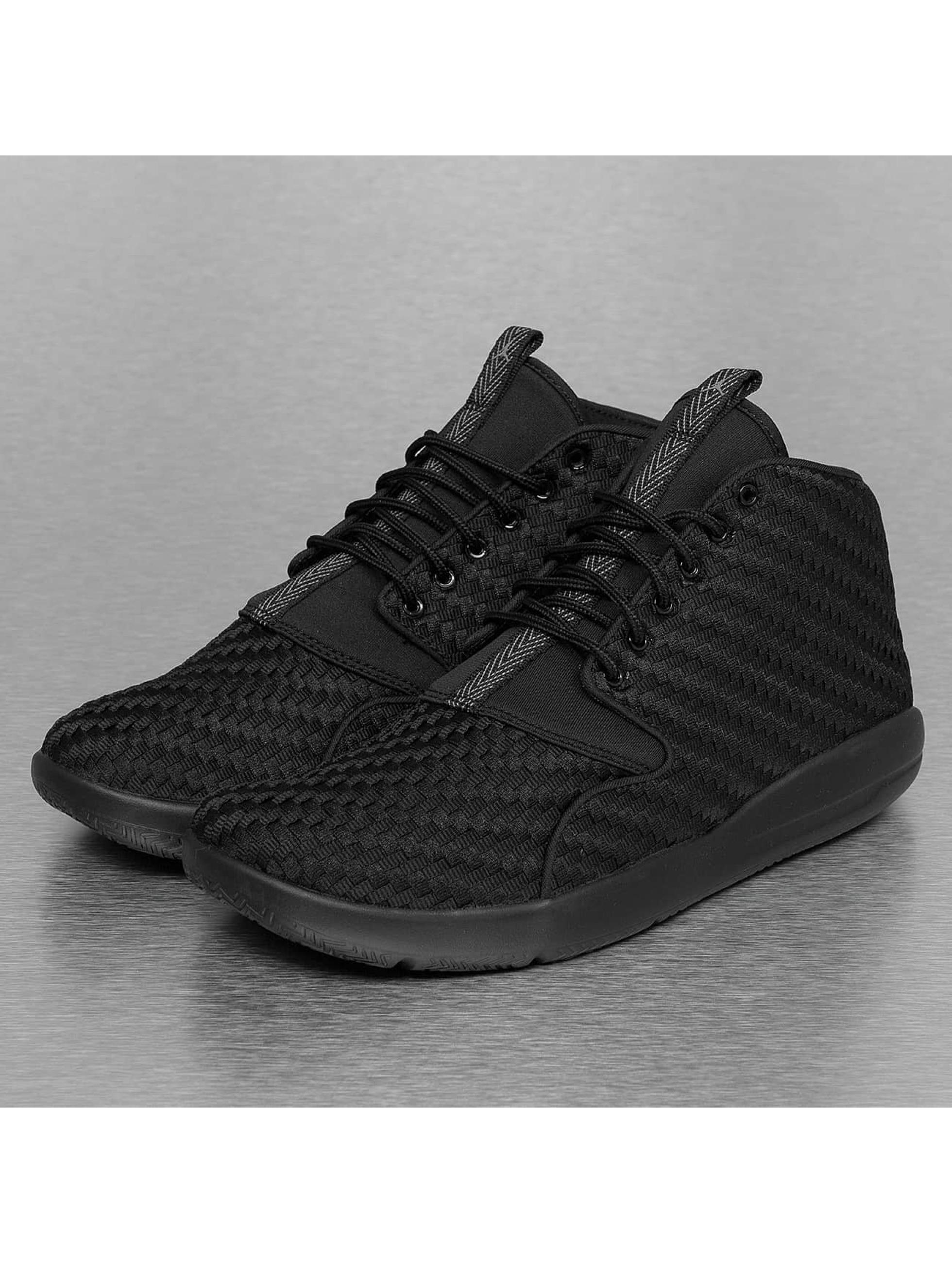 Jordan Männer Sneaker Eclipse Chukka in schwarz