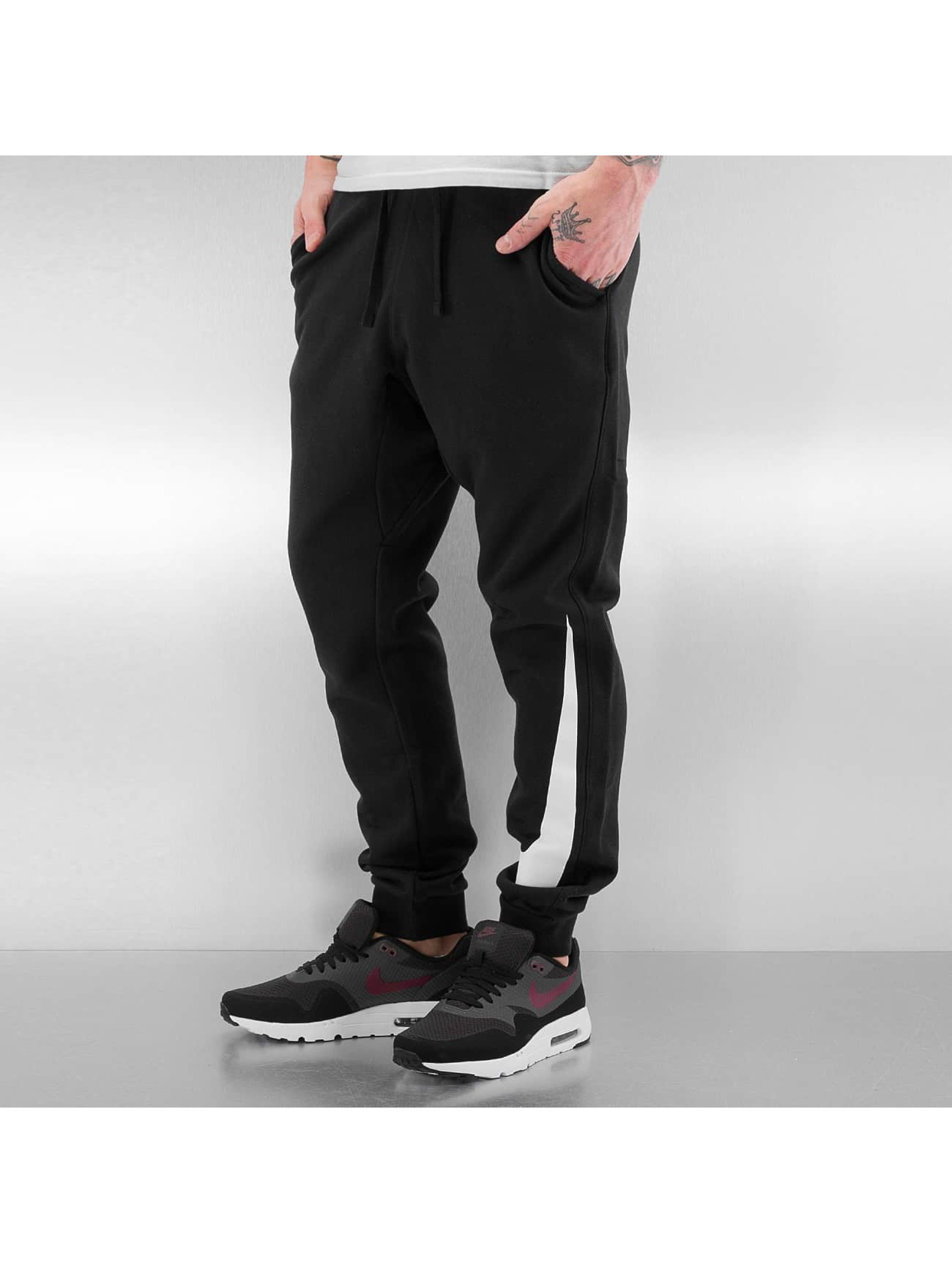 Nike Männer Jogginghose NSW FLC Hybrid in schwarz