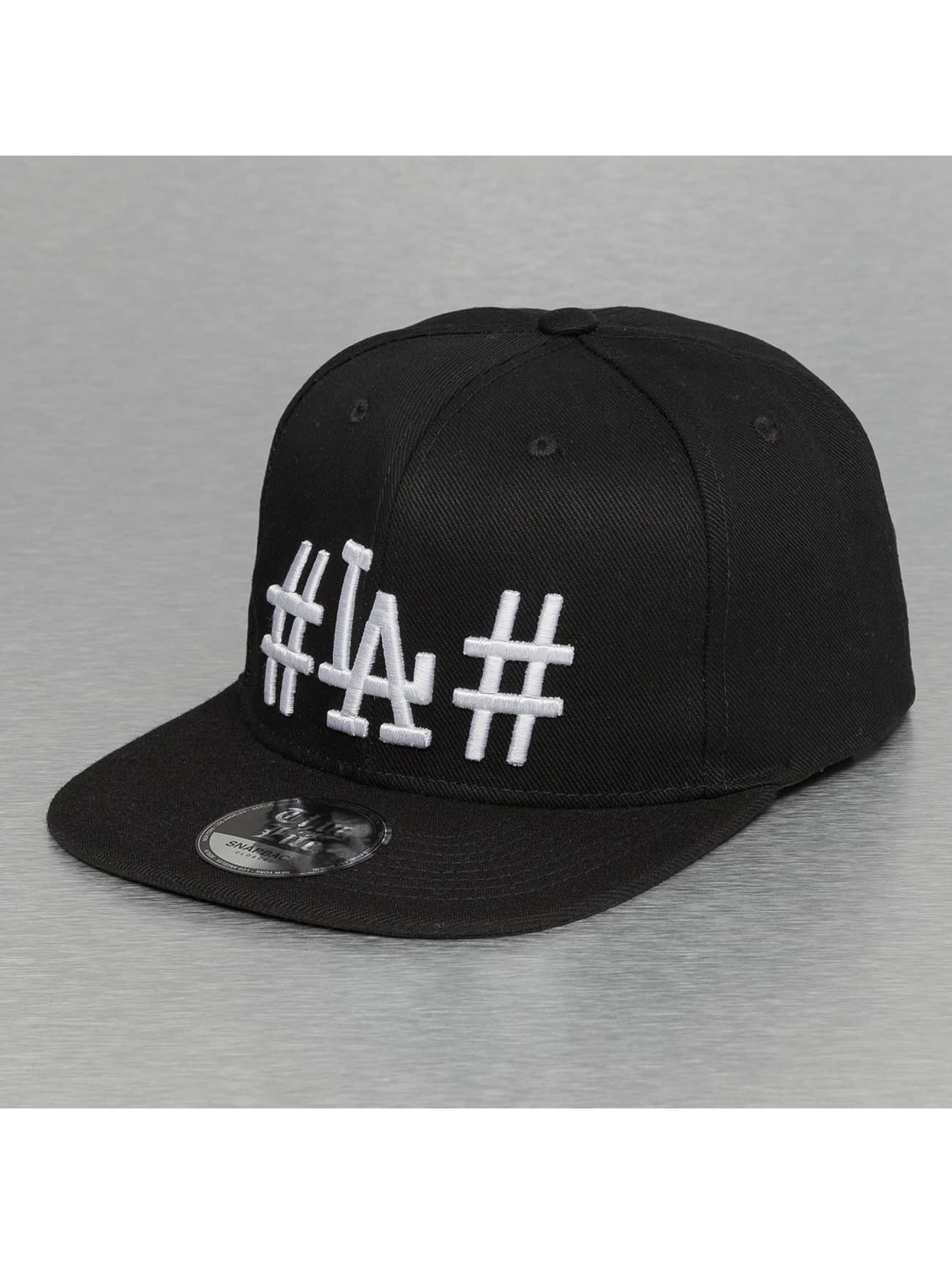 Thug Life / Snapback Cap LA in black Adjustable