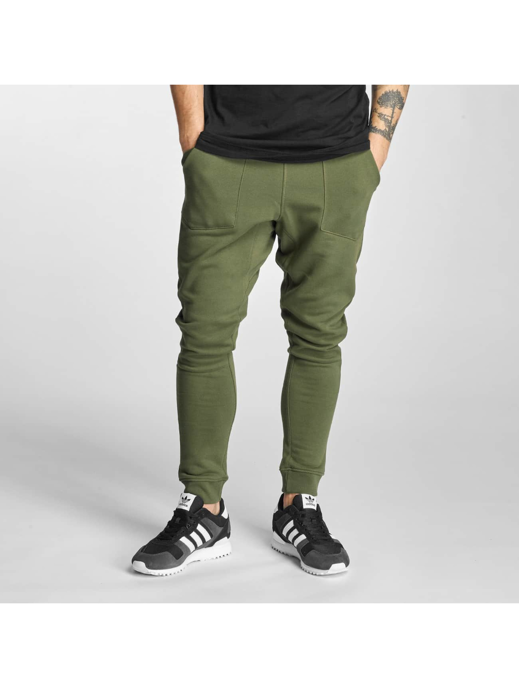 Who Shot Ya? / Sweat Pant Square in olive XL