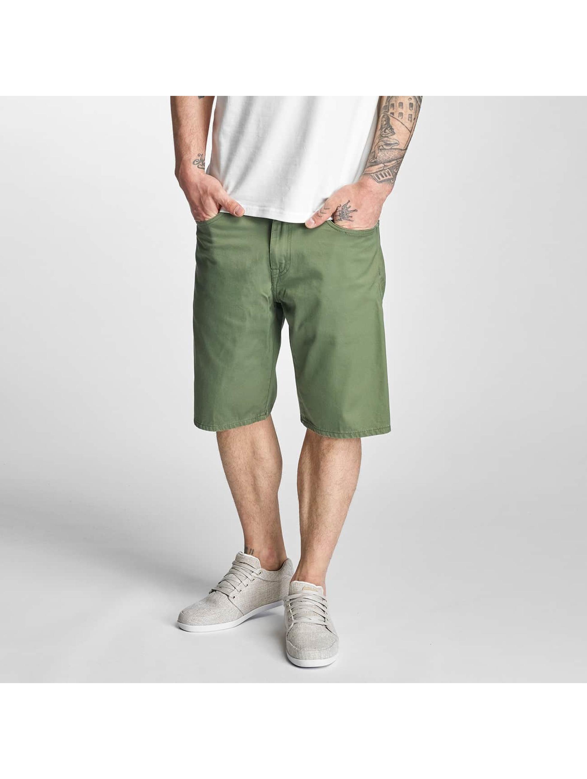 Carhartt WIP Männer Shorts Davies in grün