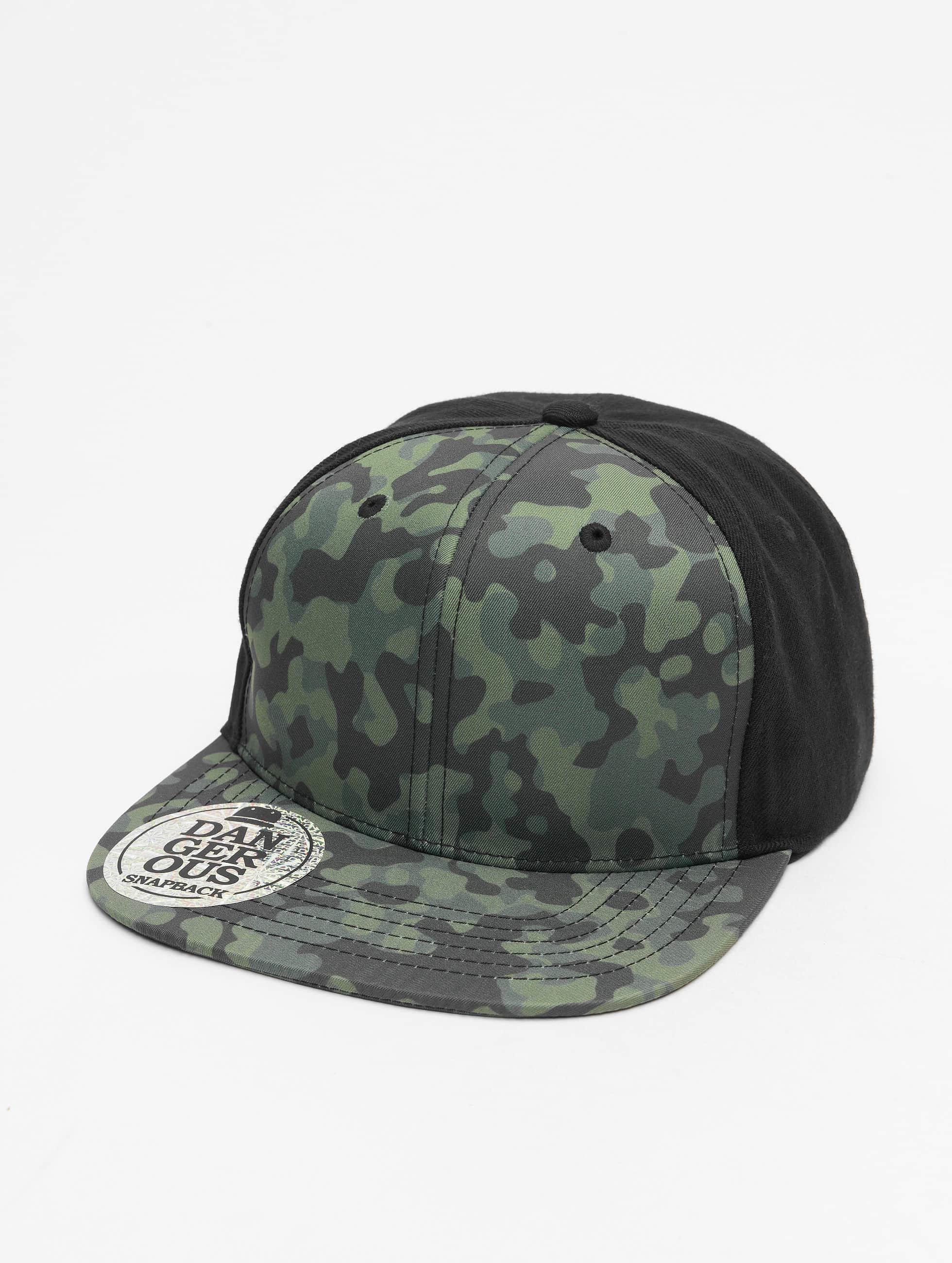Dangerous DNGRS / Snapback Cap Camo in black Adjustable