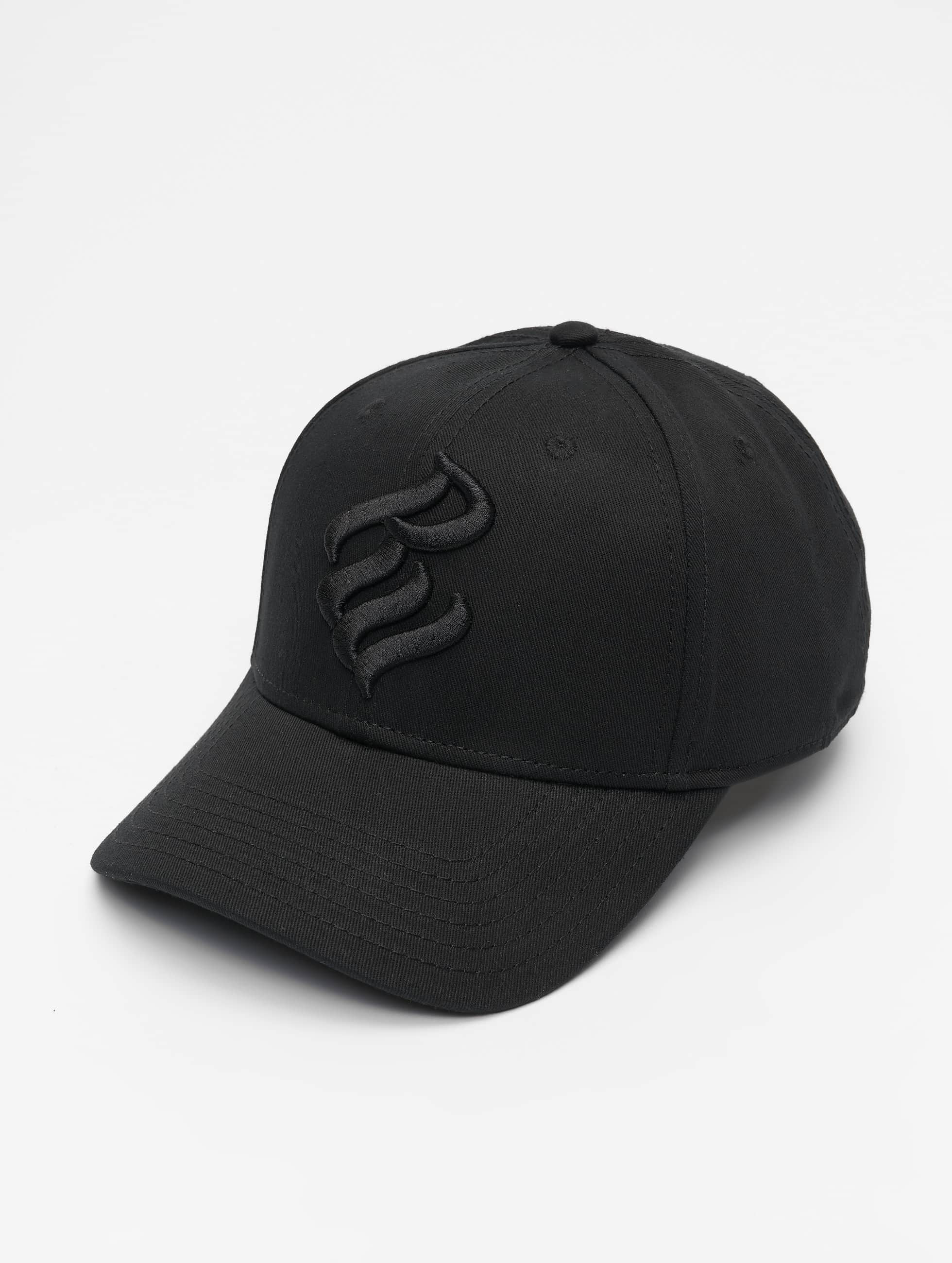 Rocawear / Fitted Cap Vu Daddy in black One Size