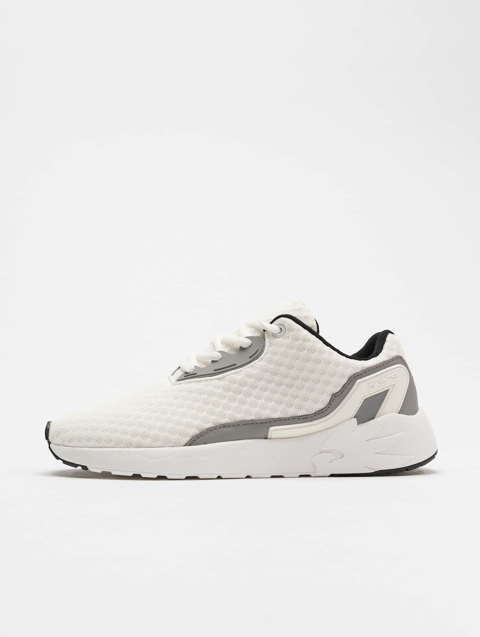 Dangerous DNGRS / Sneakers Purity in white 40