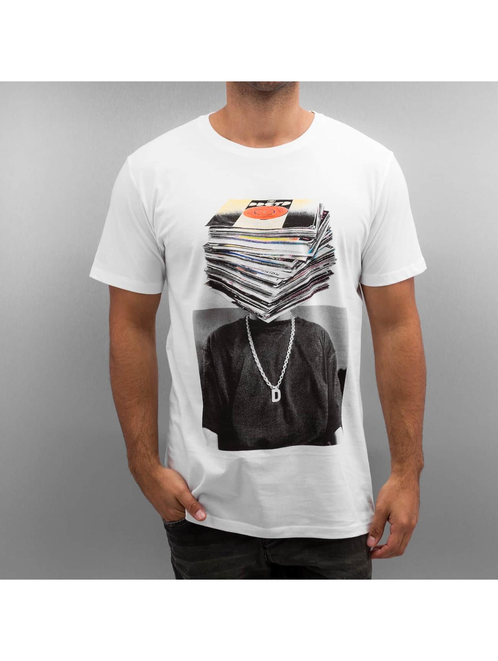 DEDICATED Männer T-Shirt Nicklas Johnson Record Head in weiß