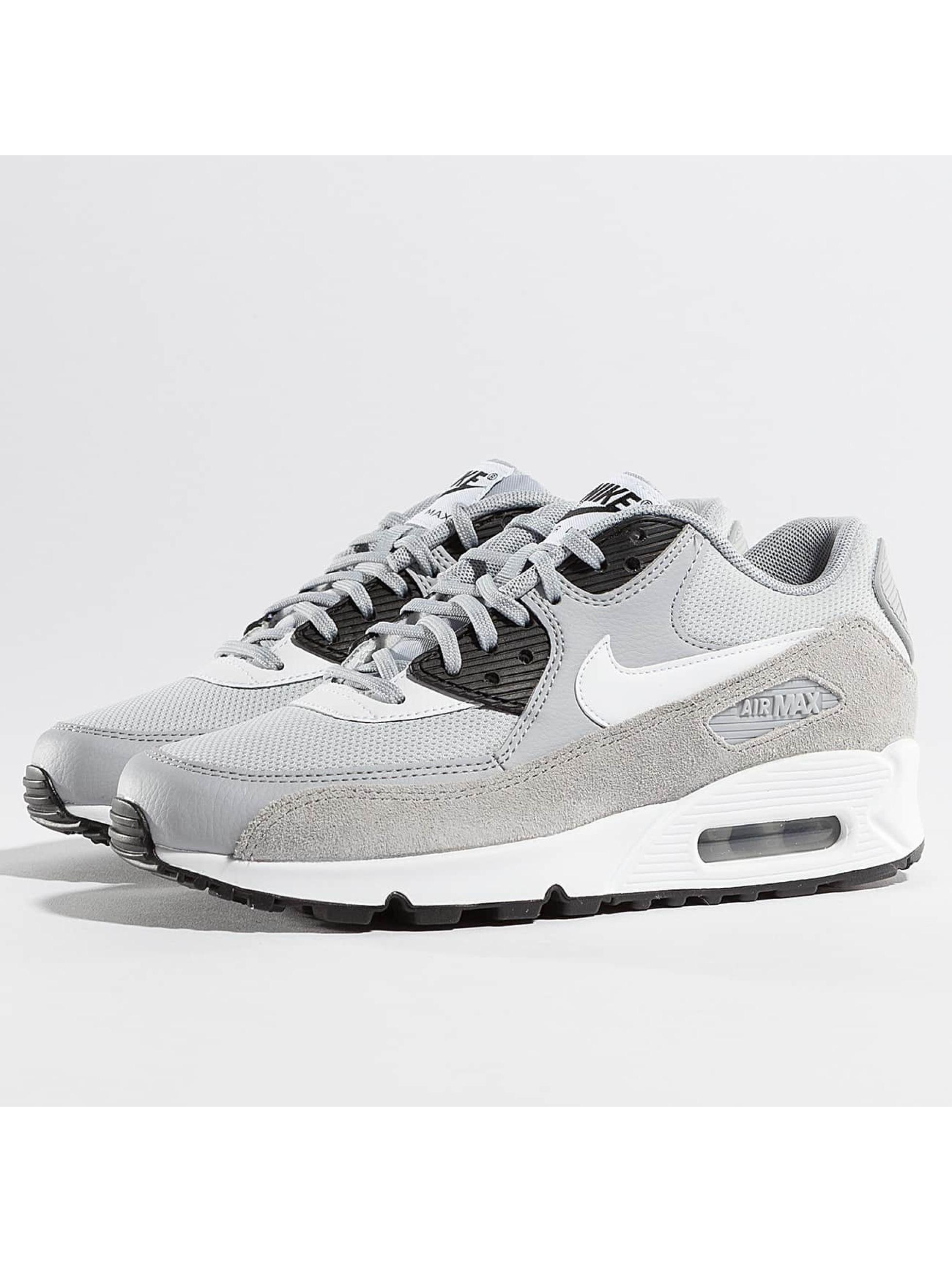 Nike Frauen Sneaker Air Max 90 in grau