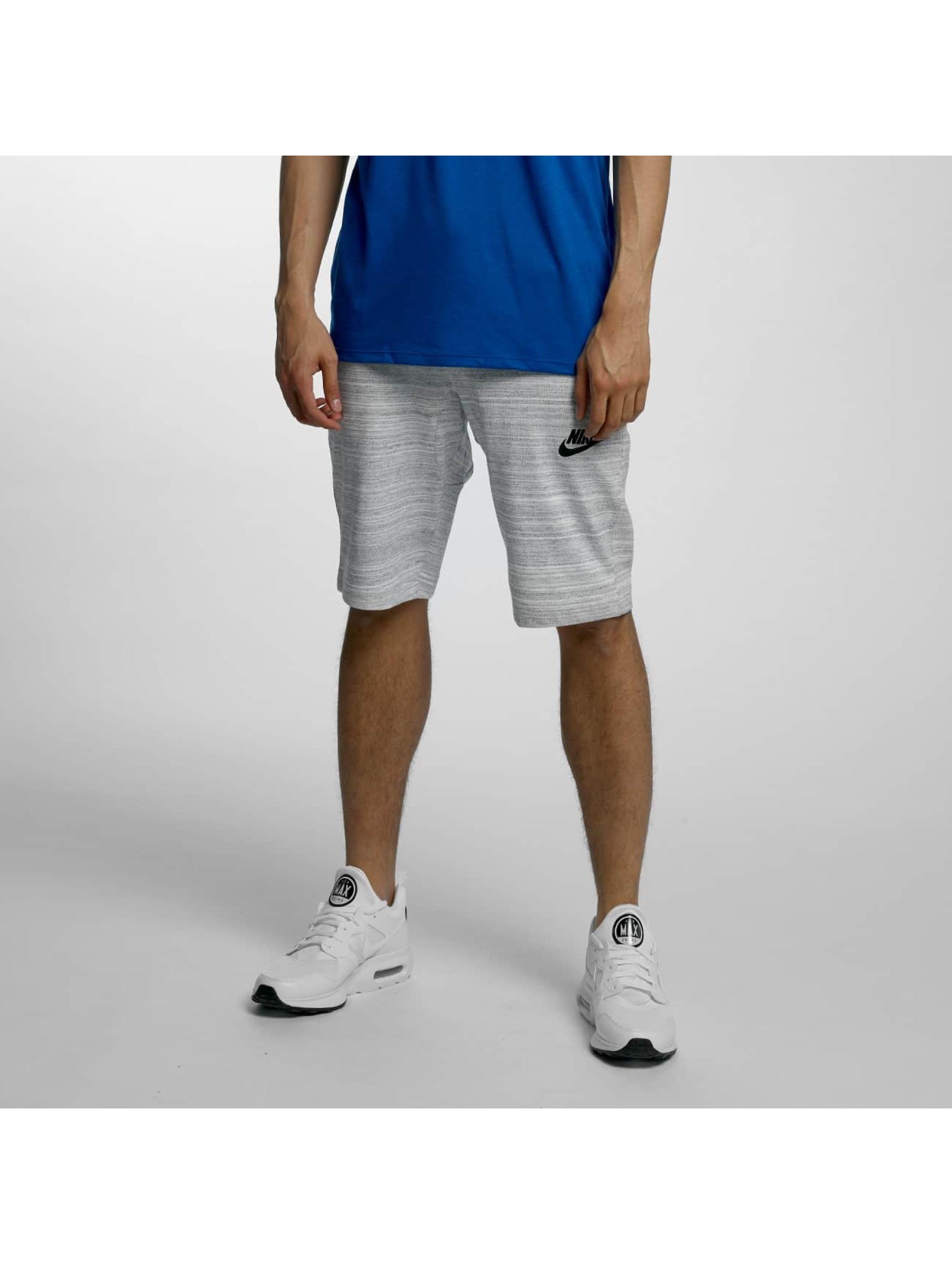 Nike Männer Shorts NSW AV15 in weiß