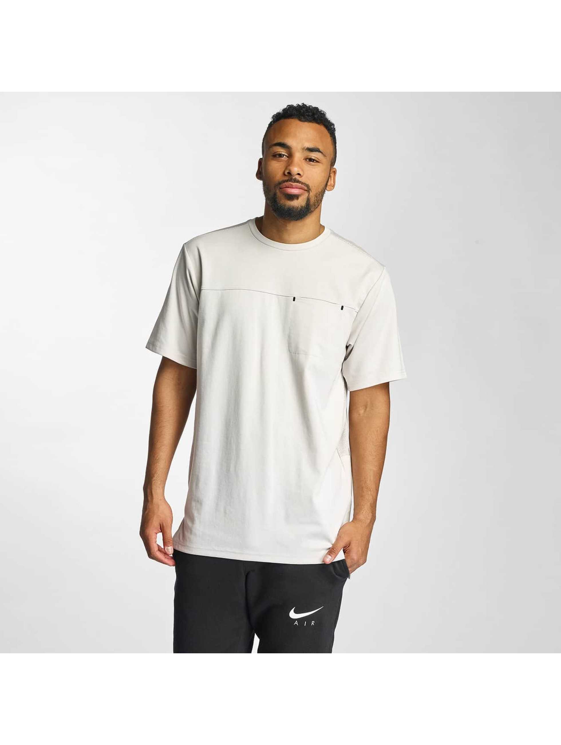 Jordan Männer T-Shirt 23 Lux Classic Pocket in beige