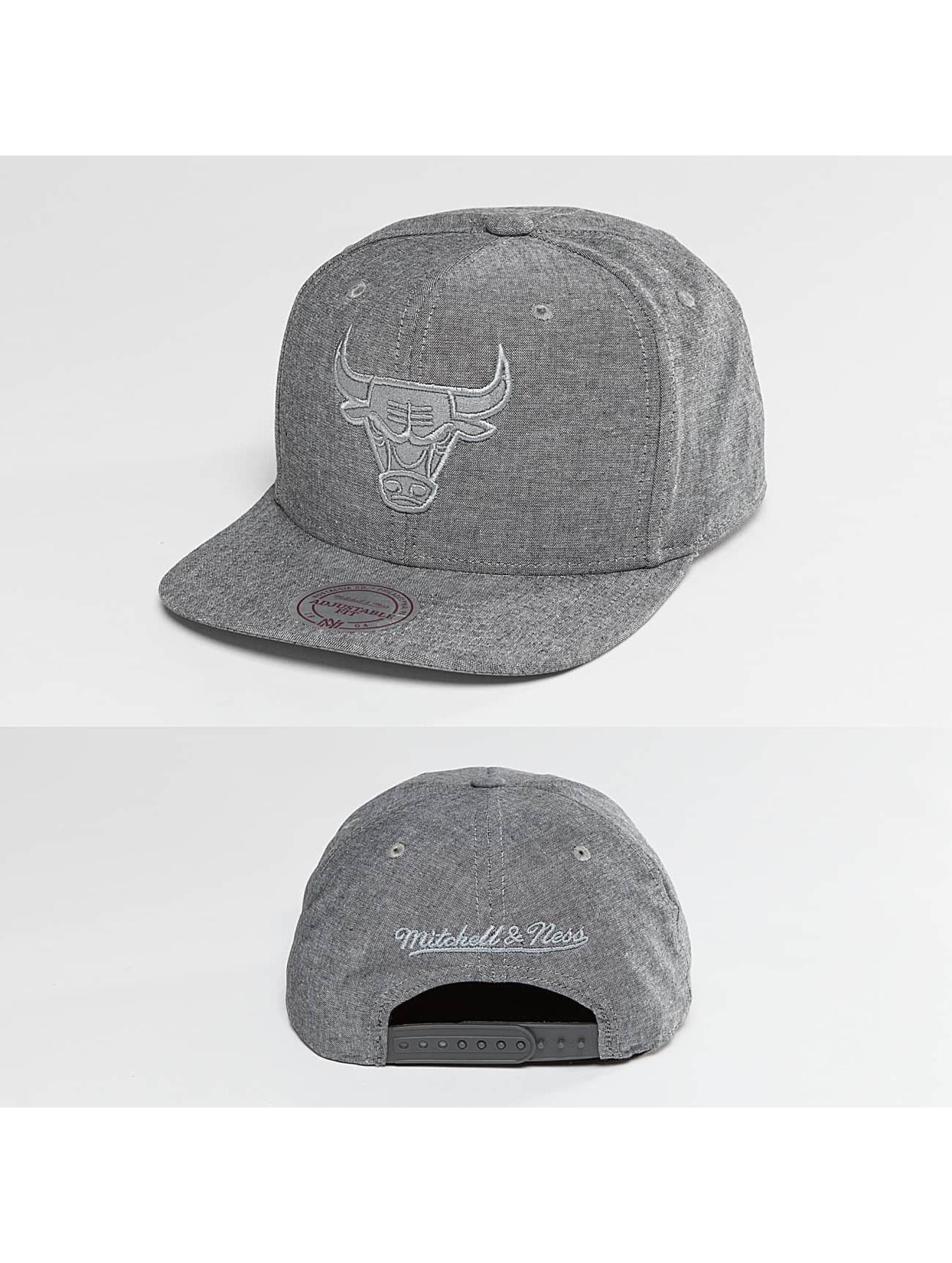 Mitchell & Ness Männer,Frauen Snapback Cap NBA Italian Washed Chicago Bulls in grau