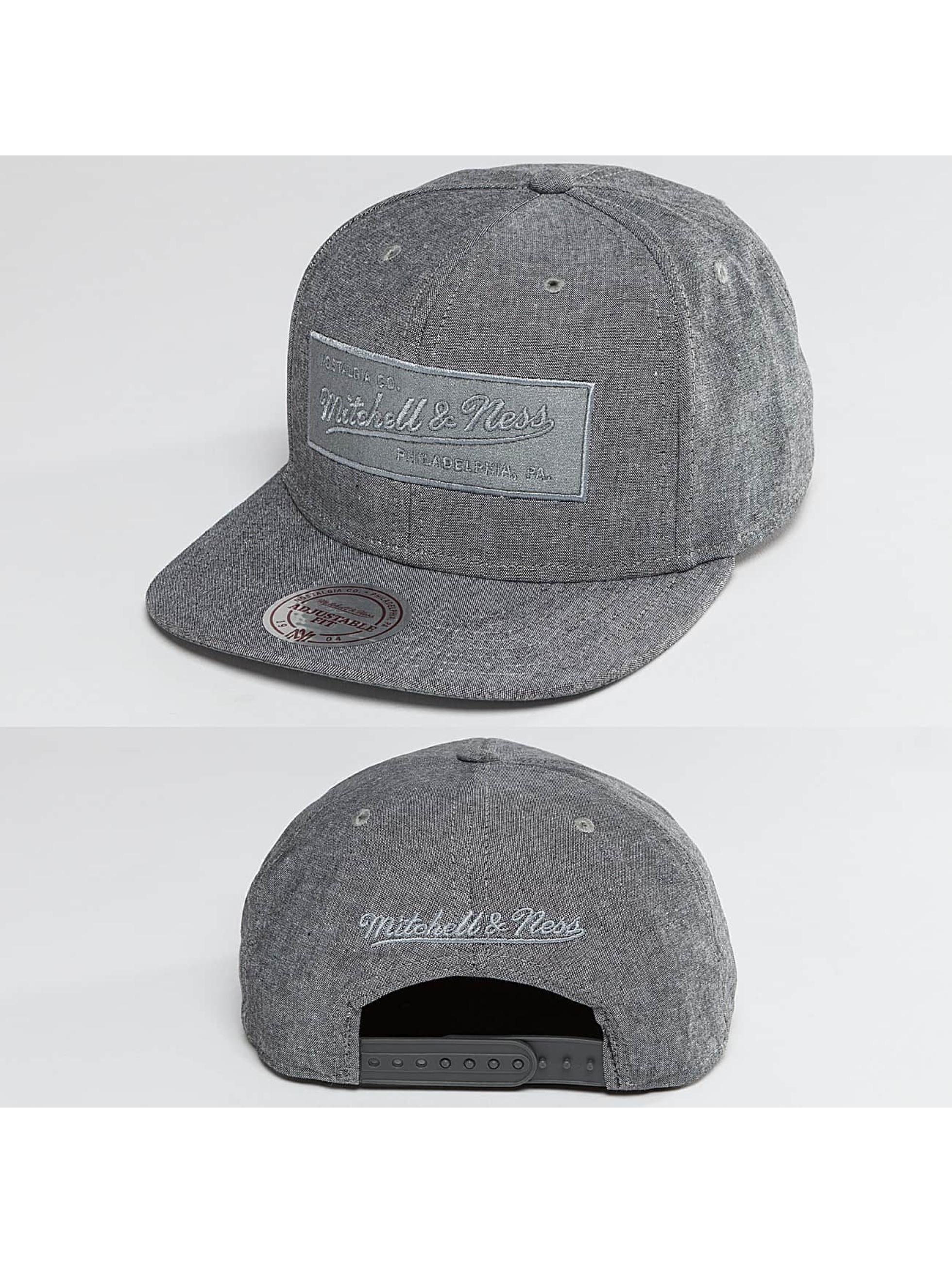 Mitchell & Ness Männer,Frauen Snapback Cap Italian Washed in grau