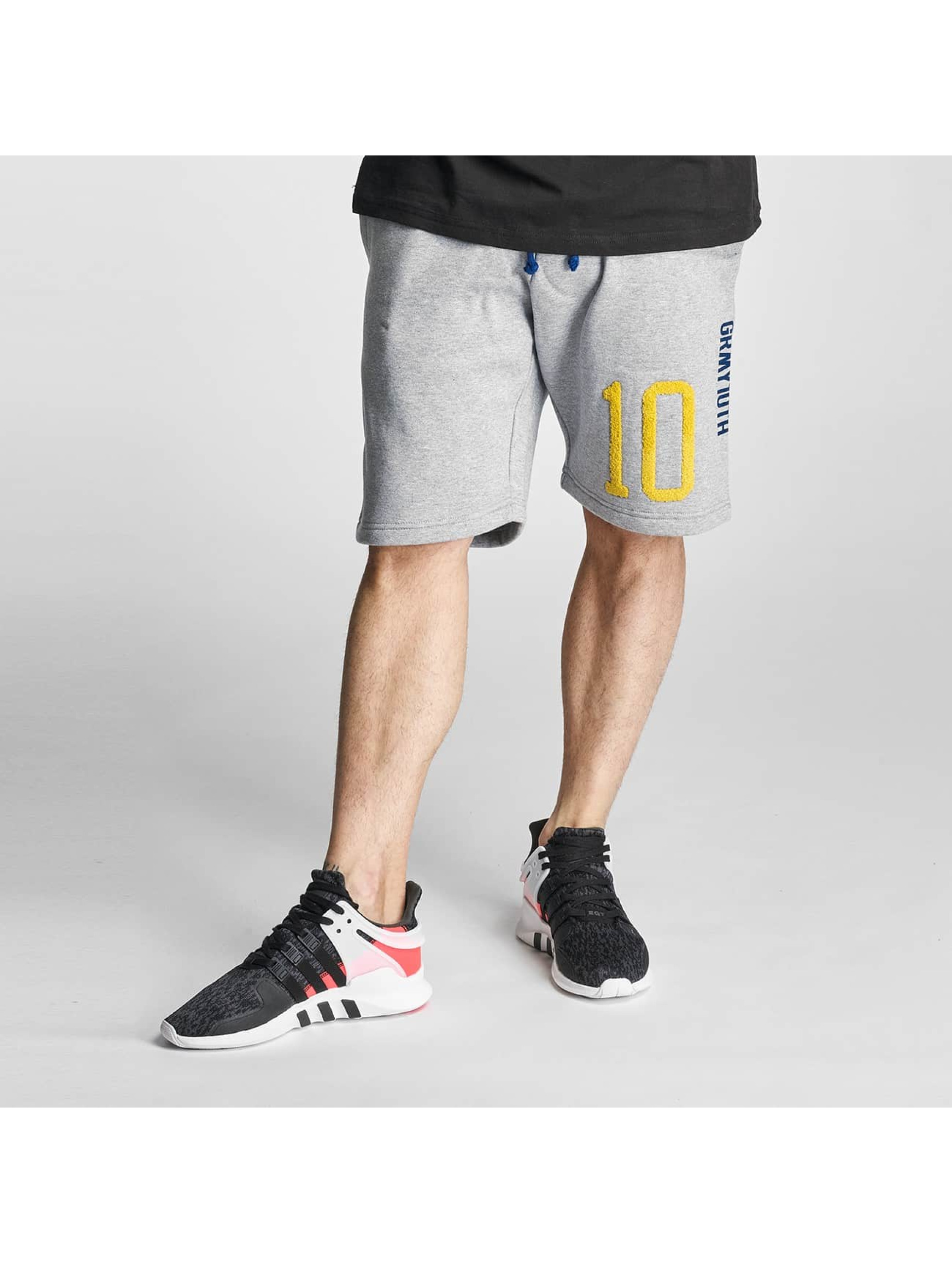 Grimey Wear Männer Shorts X Years in grau - broschei