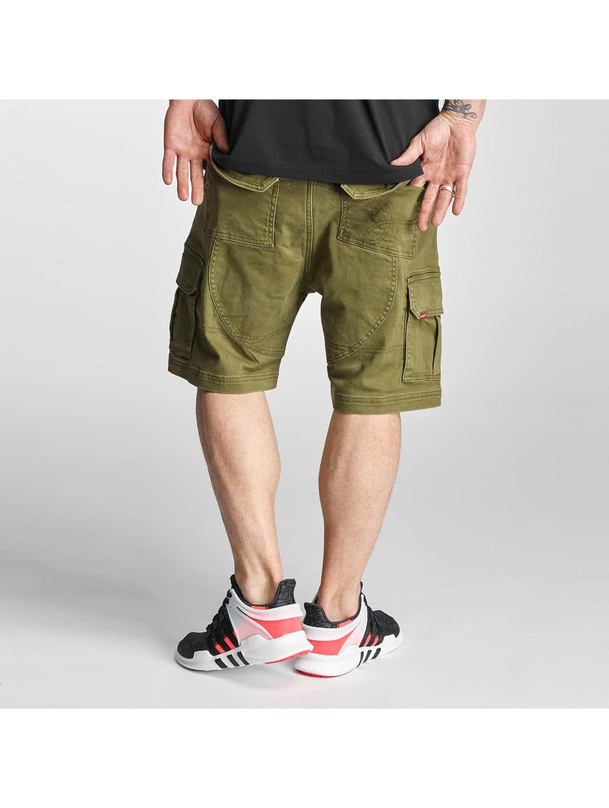 Grimey Wear Männer Shorts Cargo in grün