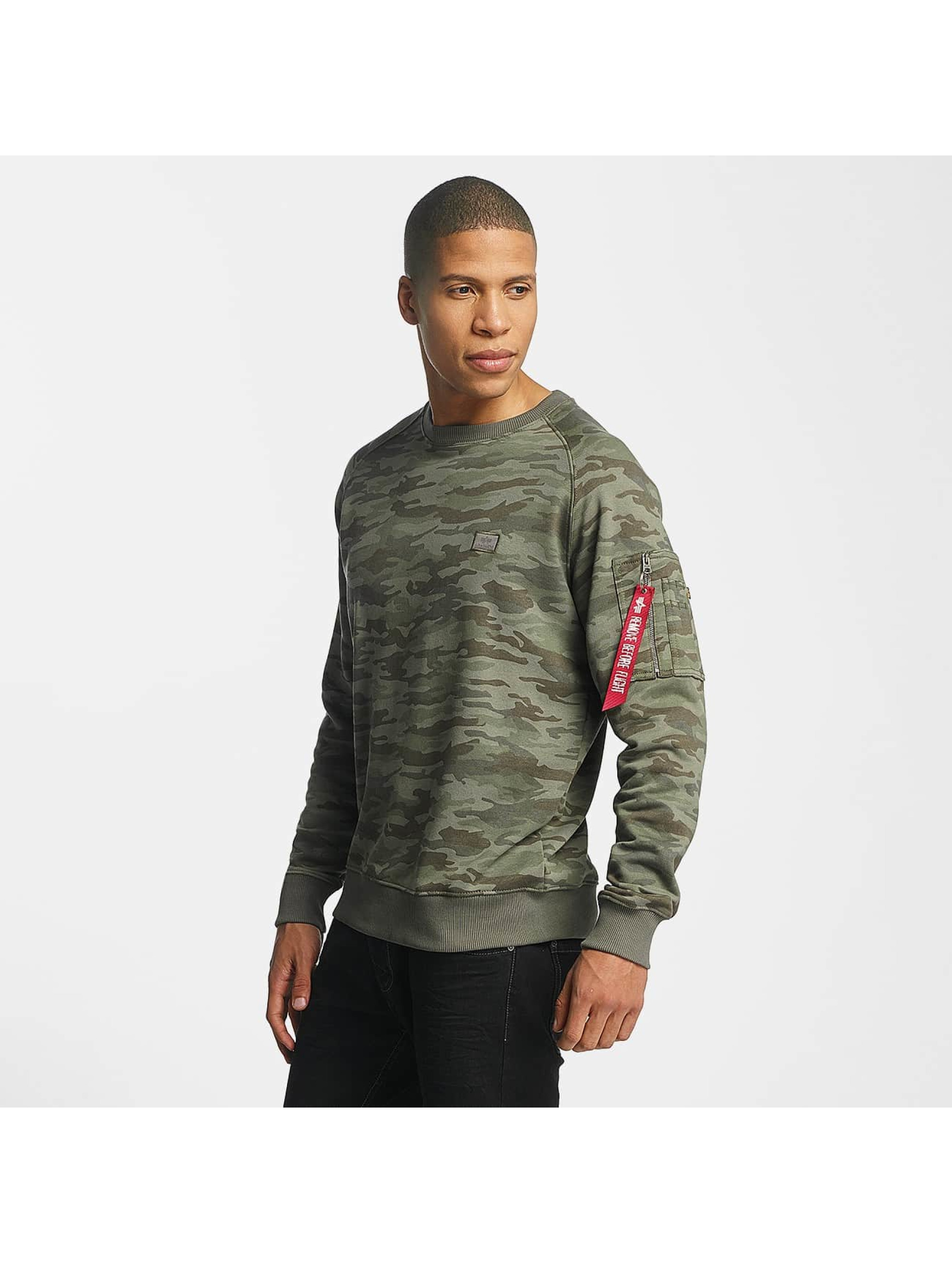 Alpha Industries Männer Pullover X-Fit in camouflage