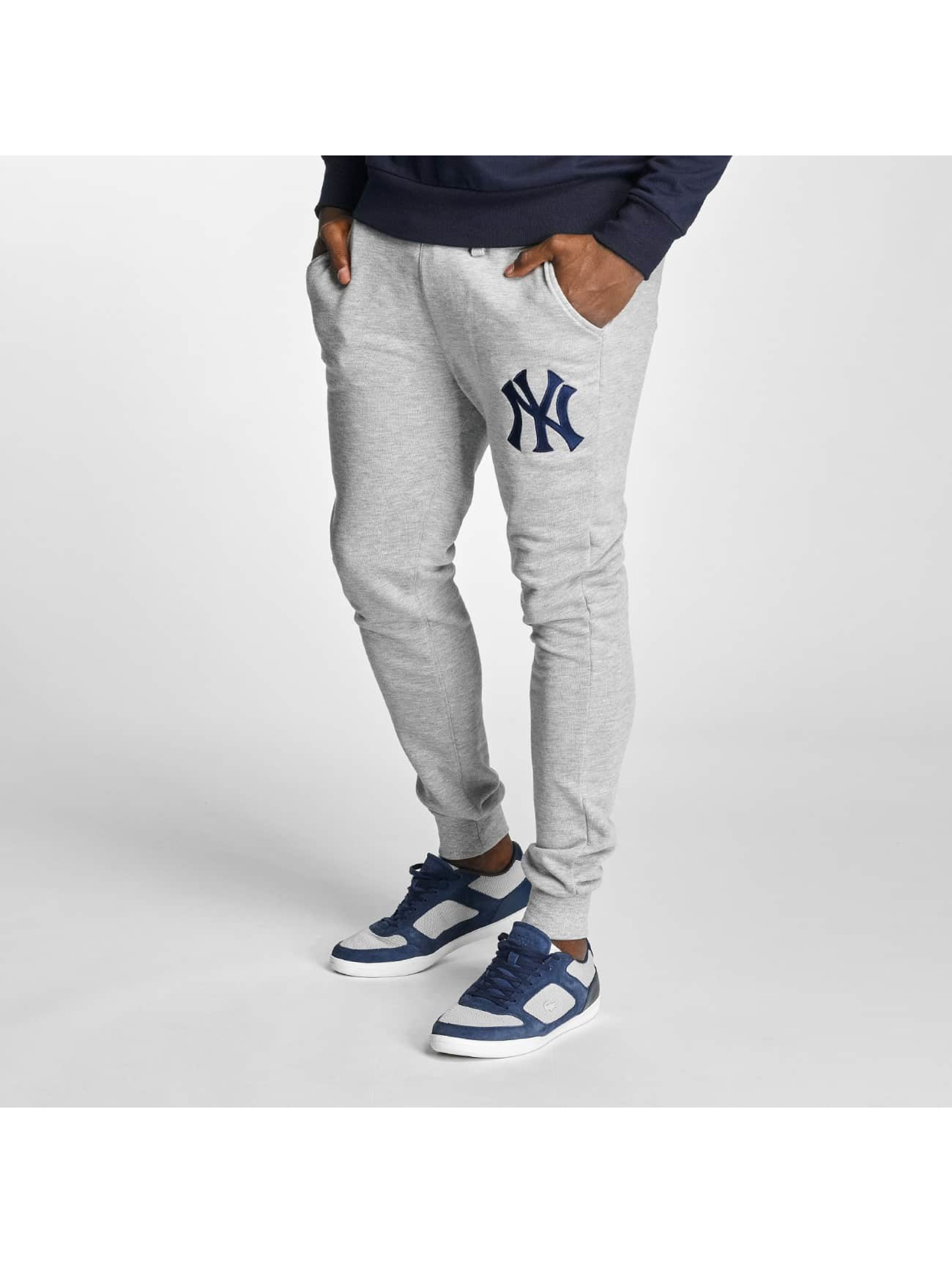 Majestic Athletic Männer Jogginghose NY Yankees in grau