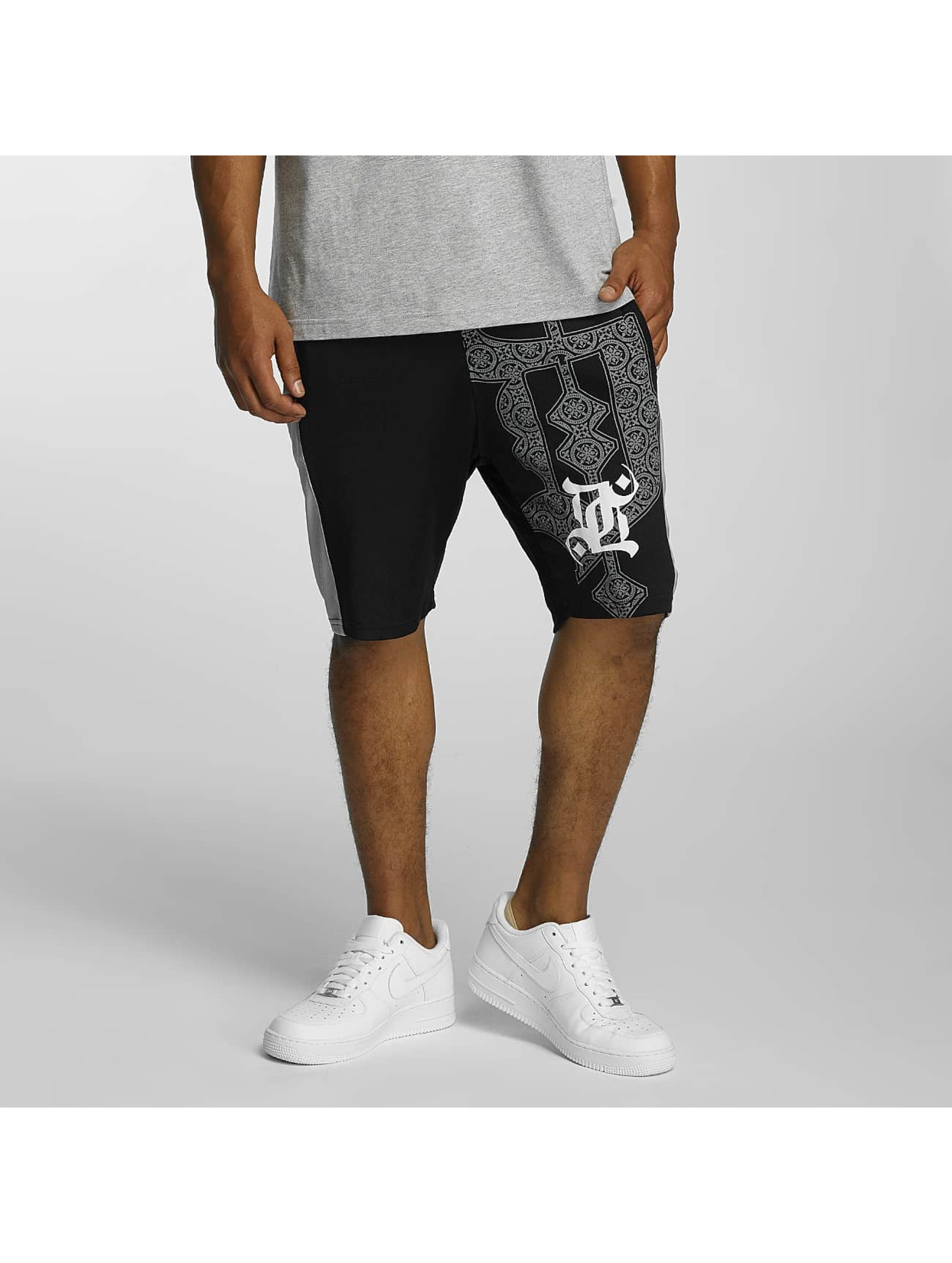 Dangerous DNGRS Männer Shorts Ornaments in schwarz