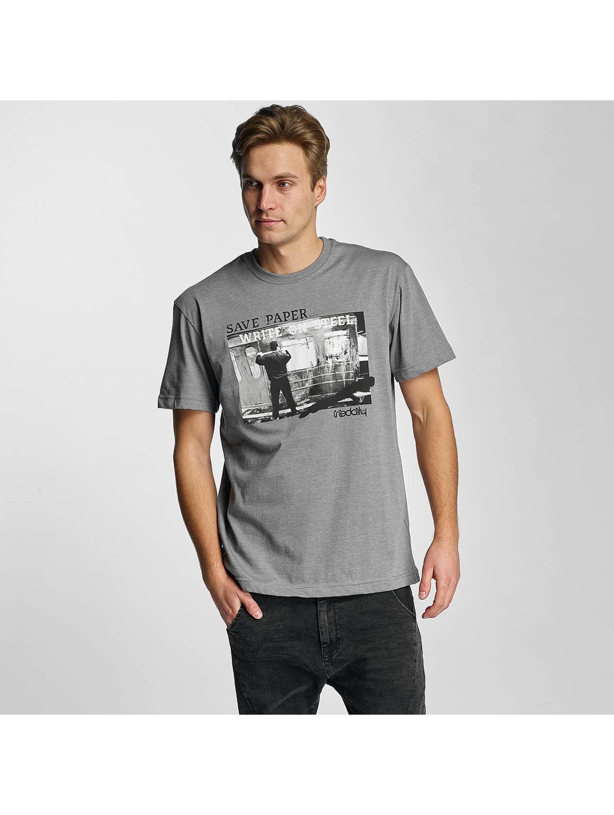 Iriedaily Männer T-Shirt Write on Steel in grau