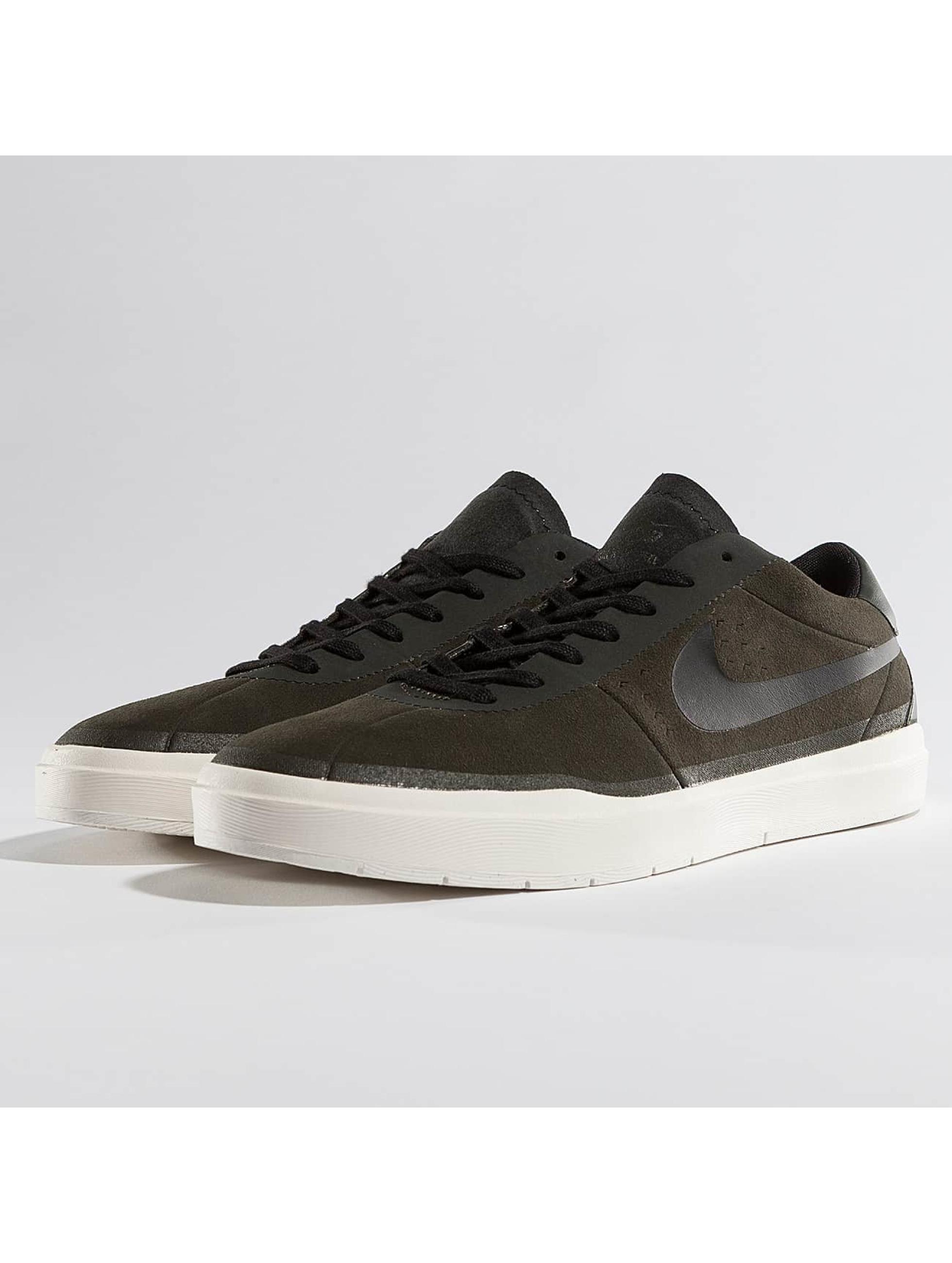 Nike Männer Sneaker SB Bruin Hyperfeel in olive