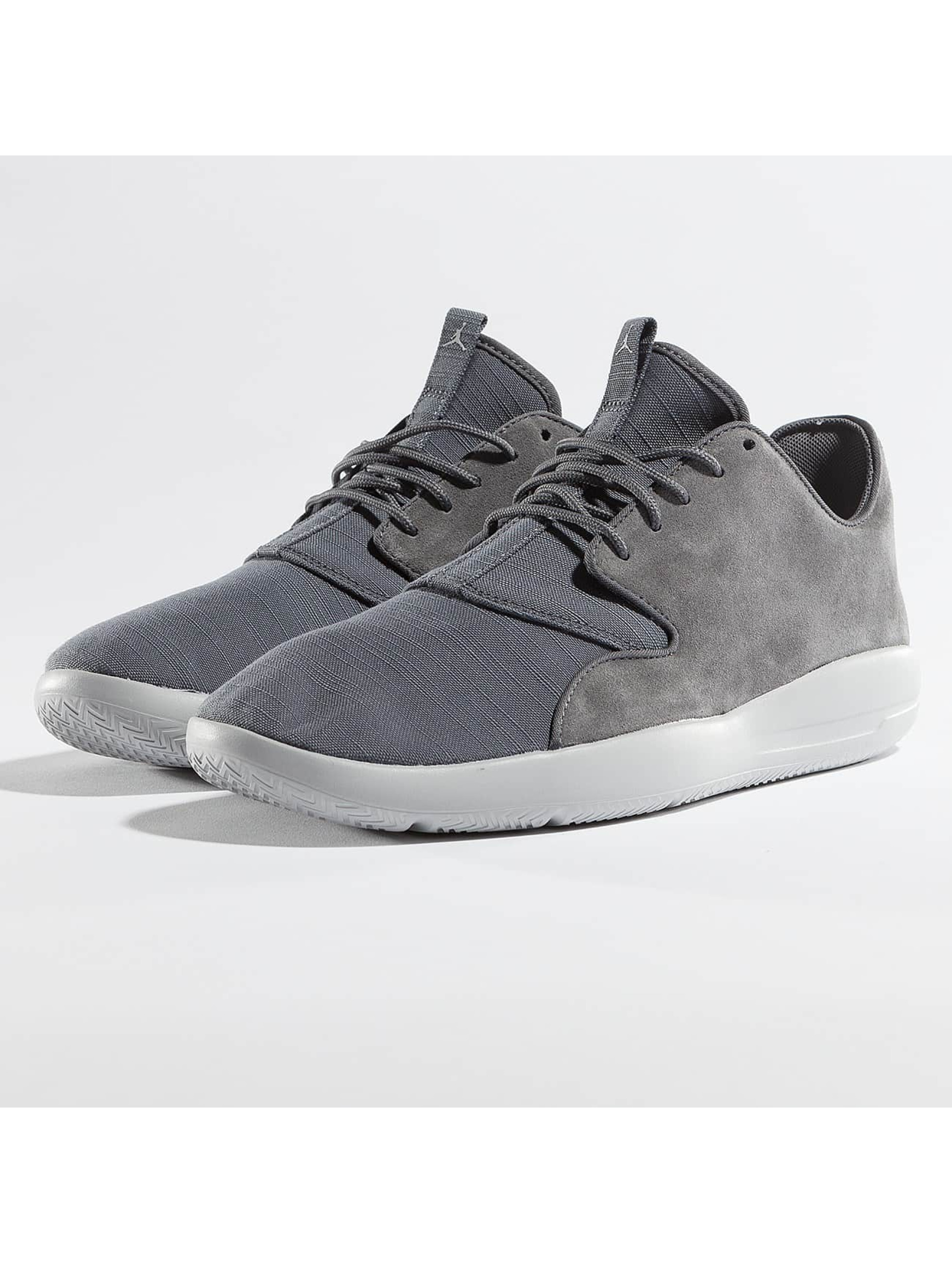 Jordan Männer Sneaker Eclipse Leather in grau