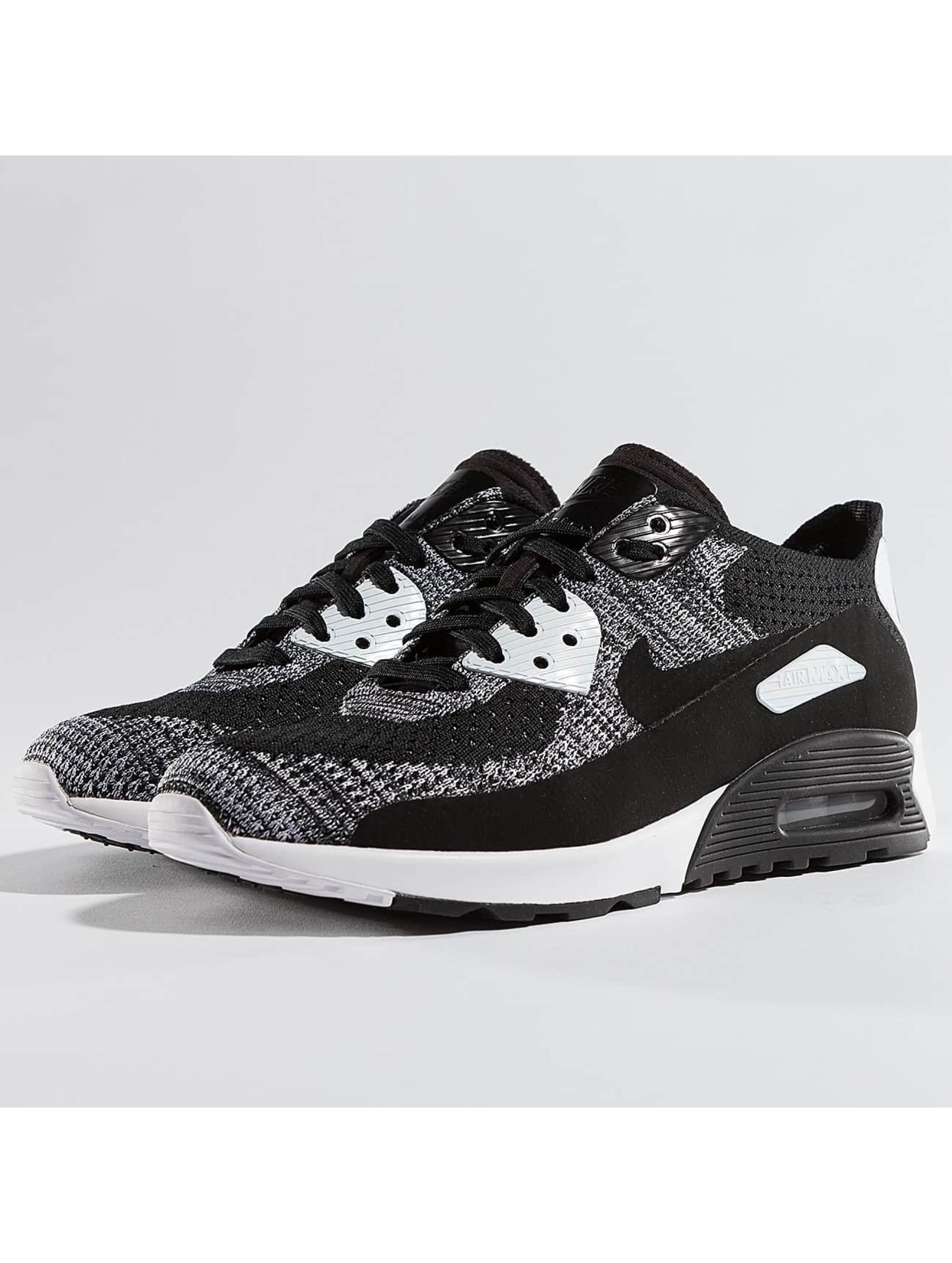 Nike Frauen Sneaker Air Max 90 Flyknit Ultra 2.0 in schwarz