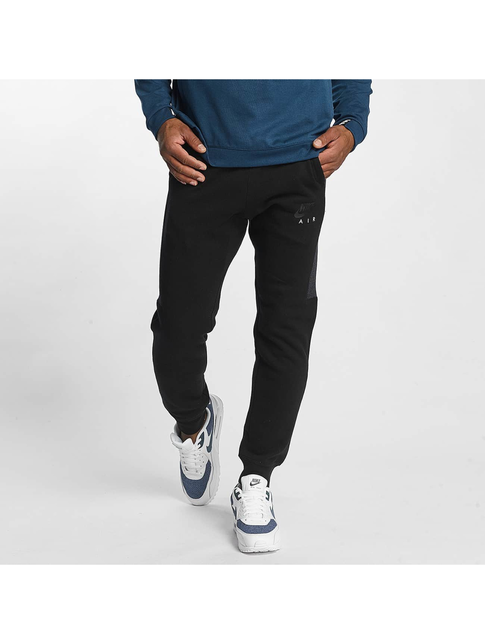 Nike Männer Jogginghose Air Fleece in schwarz