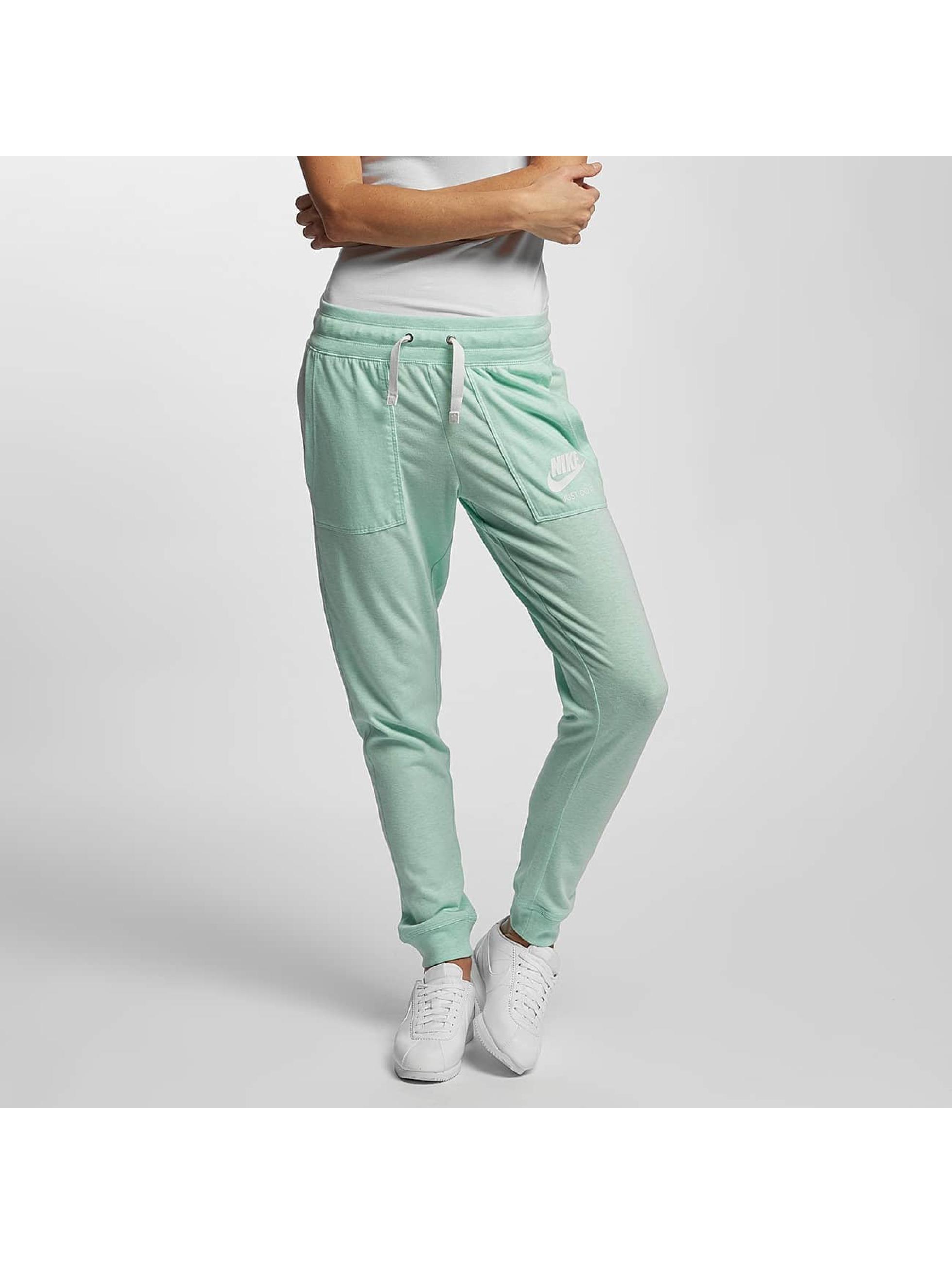 Nike Frauen Jogginghose Vintage in grün