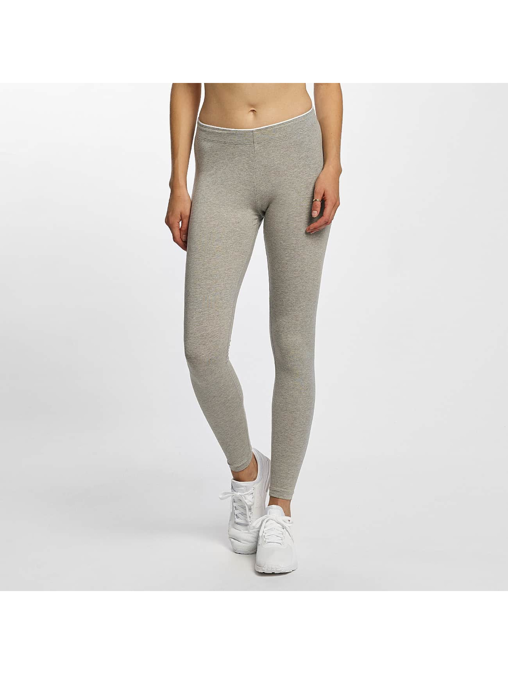 Nike Frauen Legging Club Futura in grau