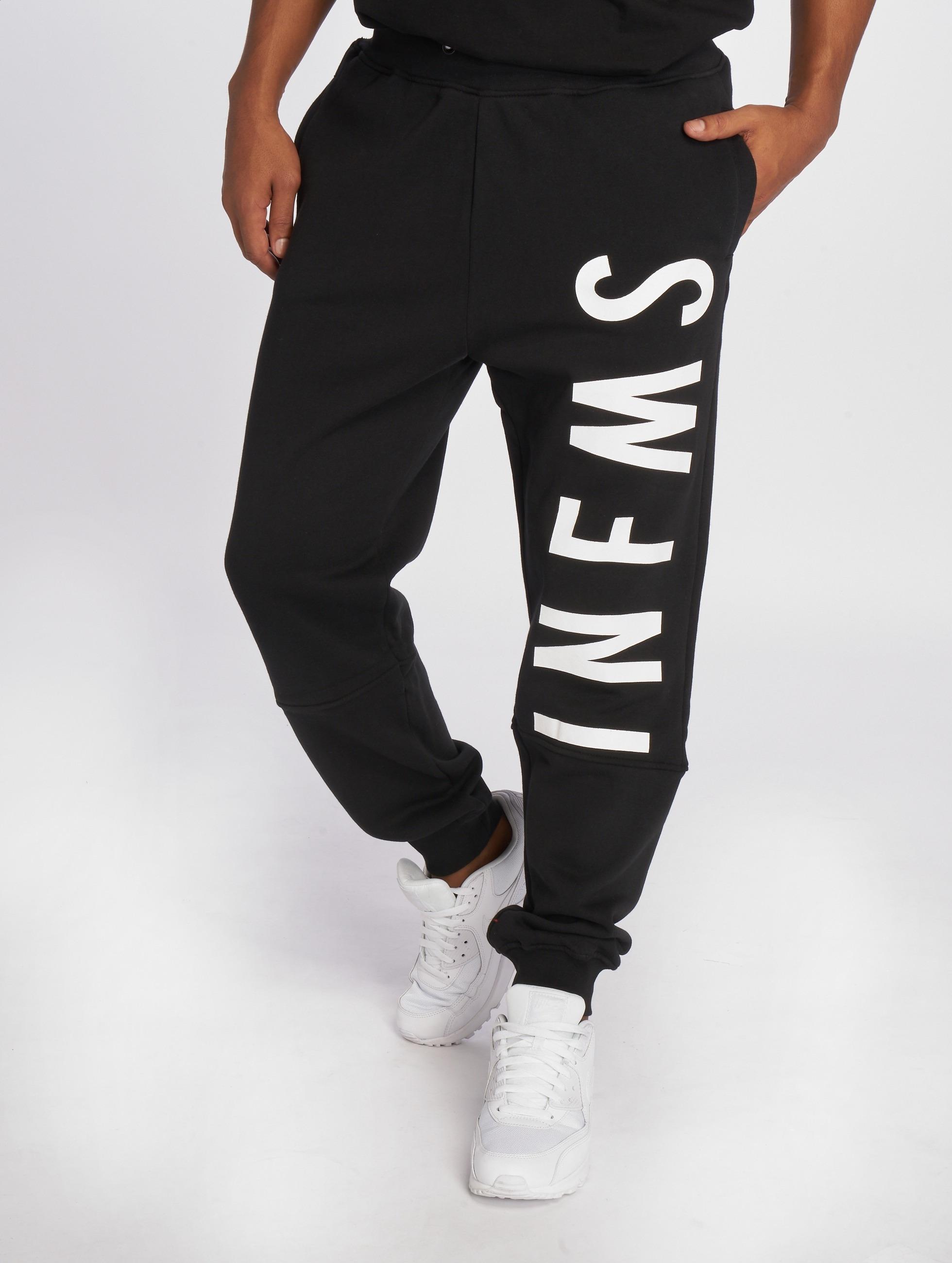 Grimey Wear Männer Jogginghose Infamous Heritage in schwarz