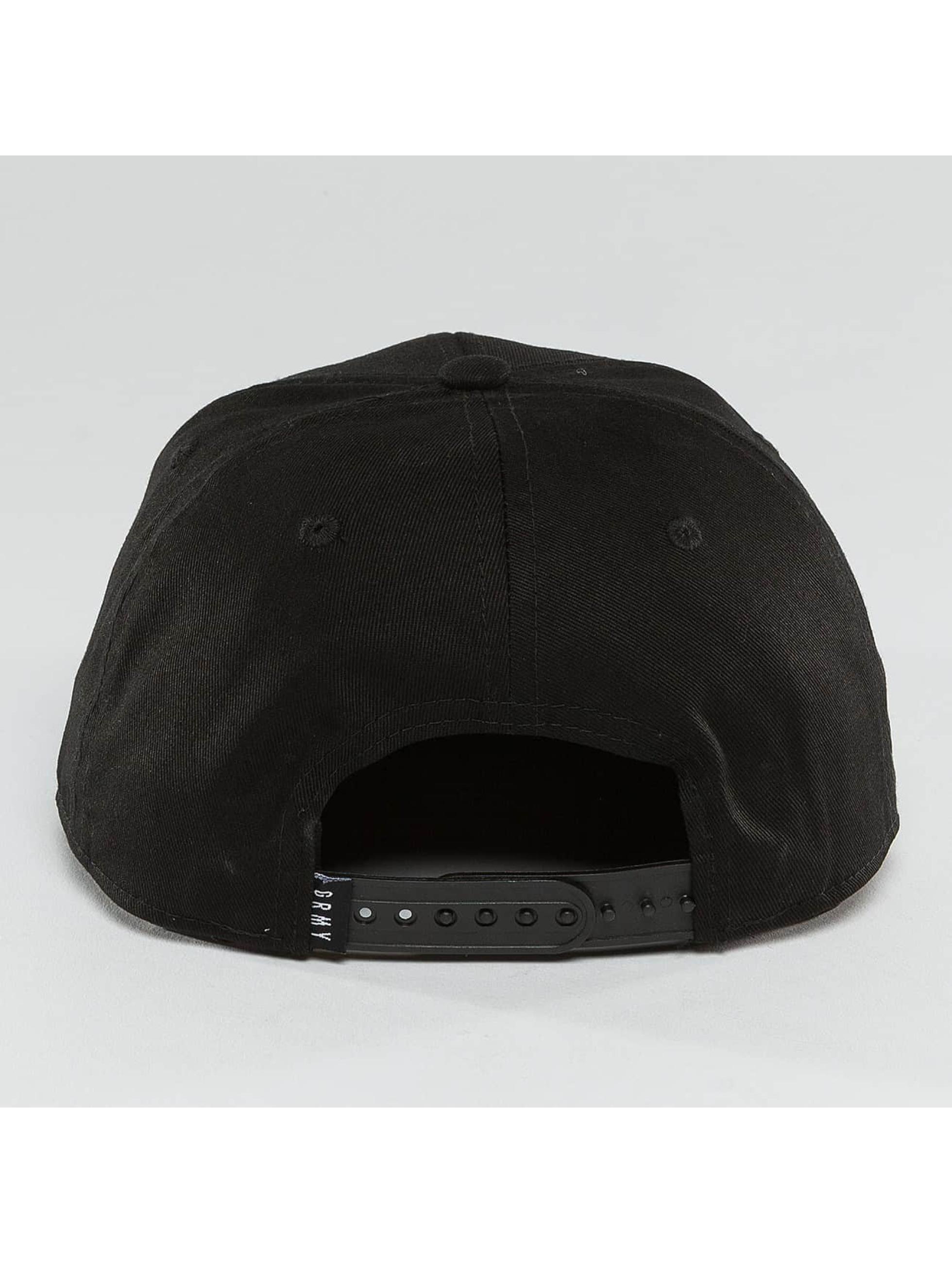Grimey Wear Männer Snapback Cap Infamous Heritage in schwarz