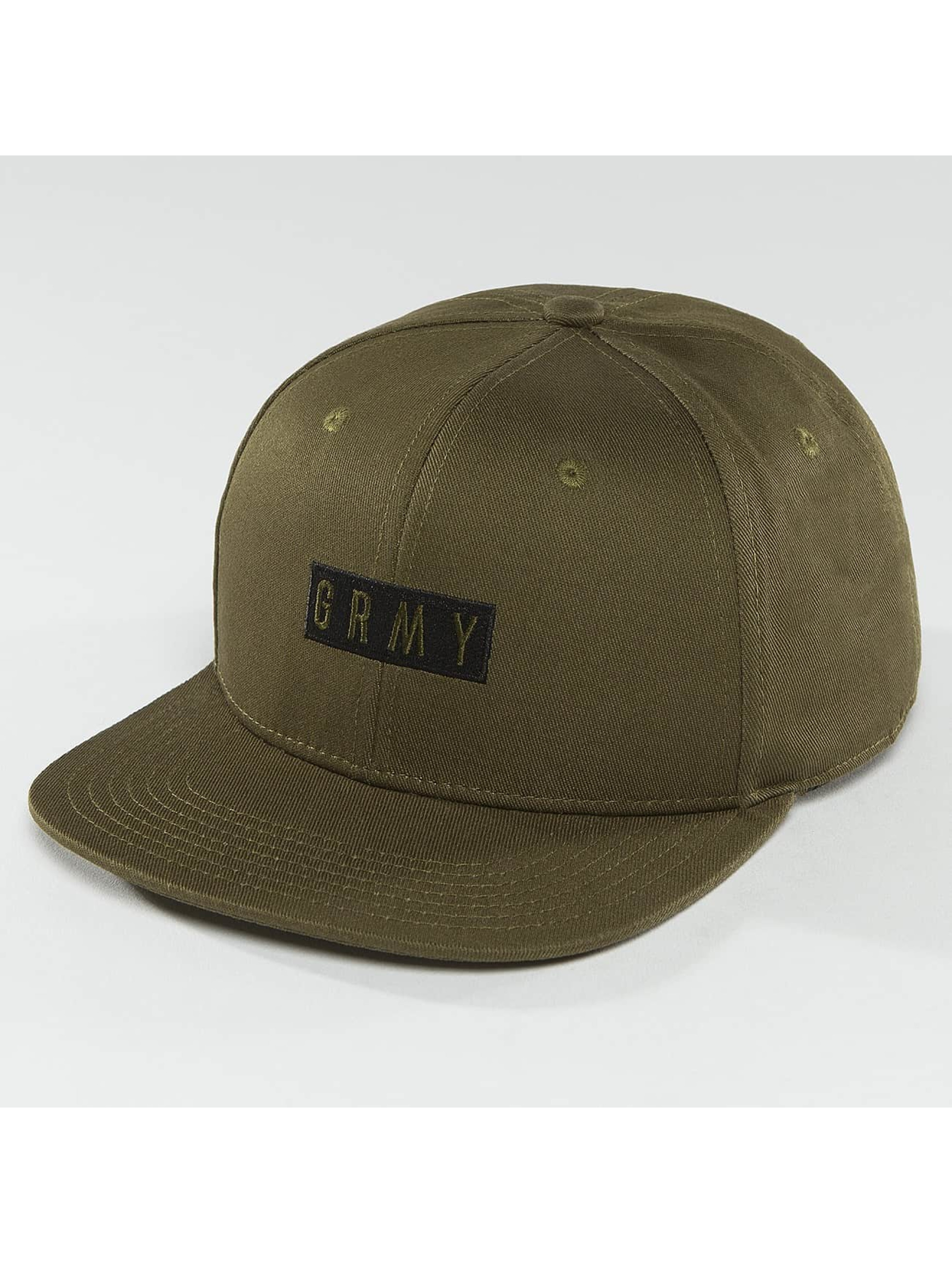 Grimey Wear Männer Snapback Cap Overcome Gravity in olive