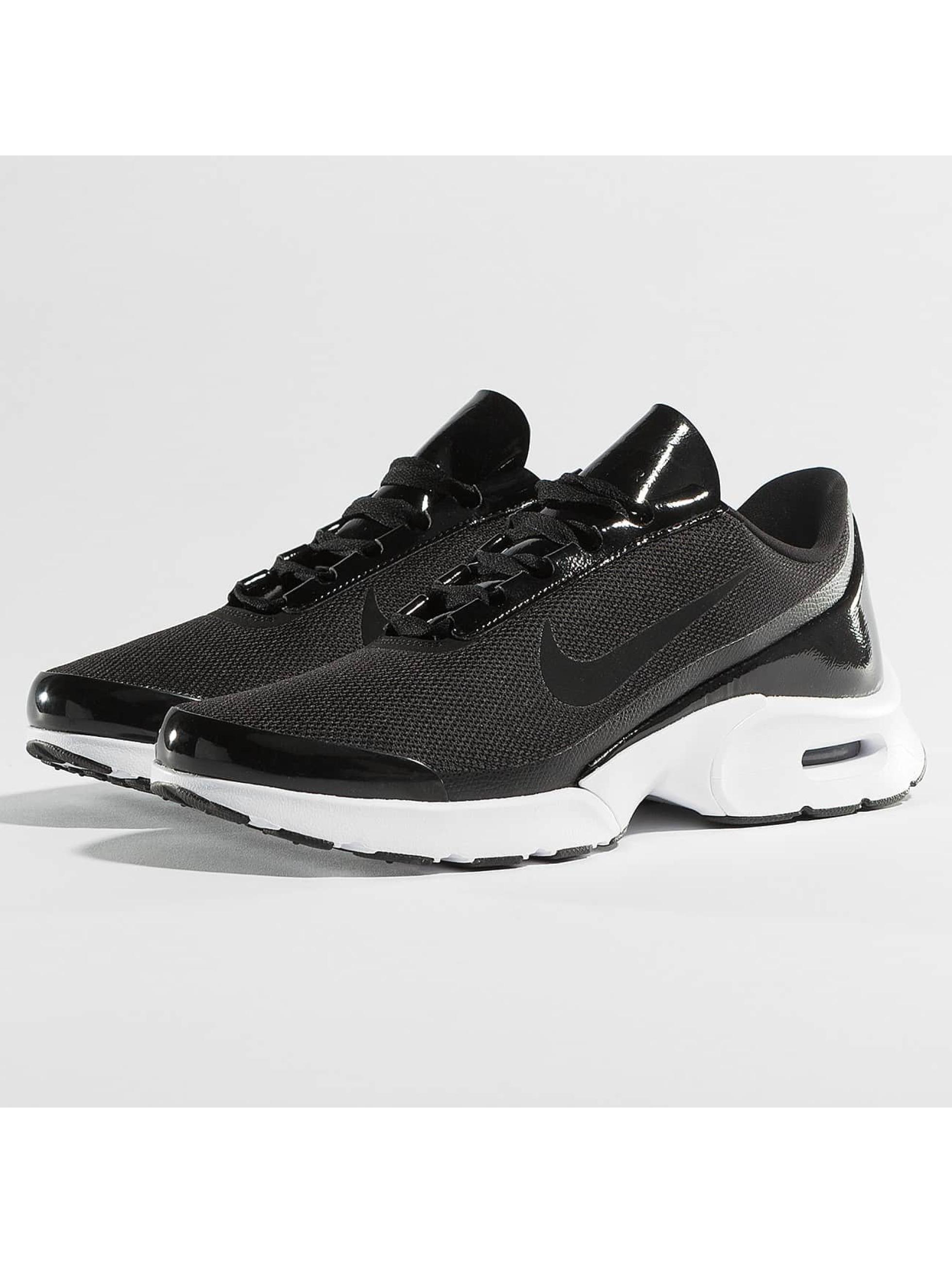 Nike Frauen Sneaker Air Max Jewell in schwarz