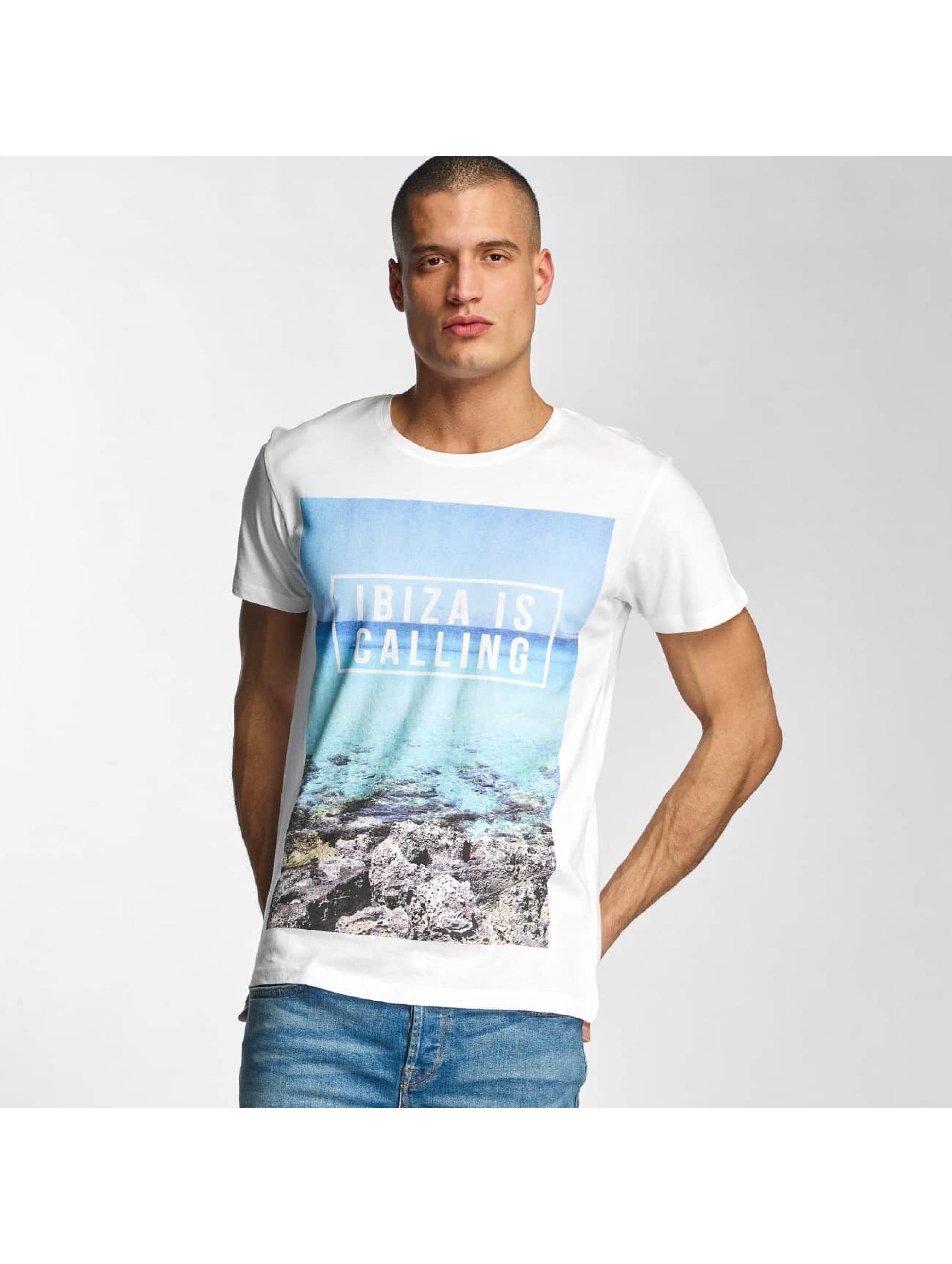 Stitch & Soul Männer T-Shirt Ibiza in weiß