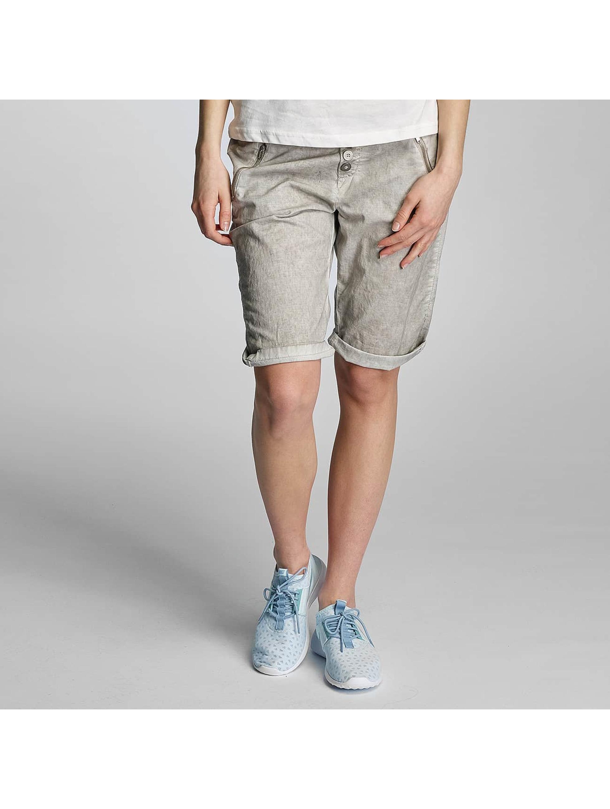 Sublevel Frauen Shorts Pepita in grau