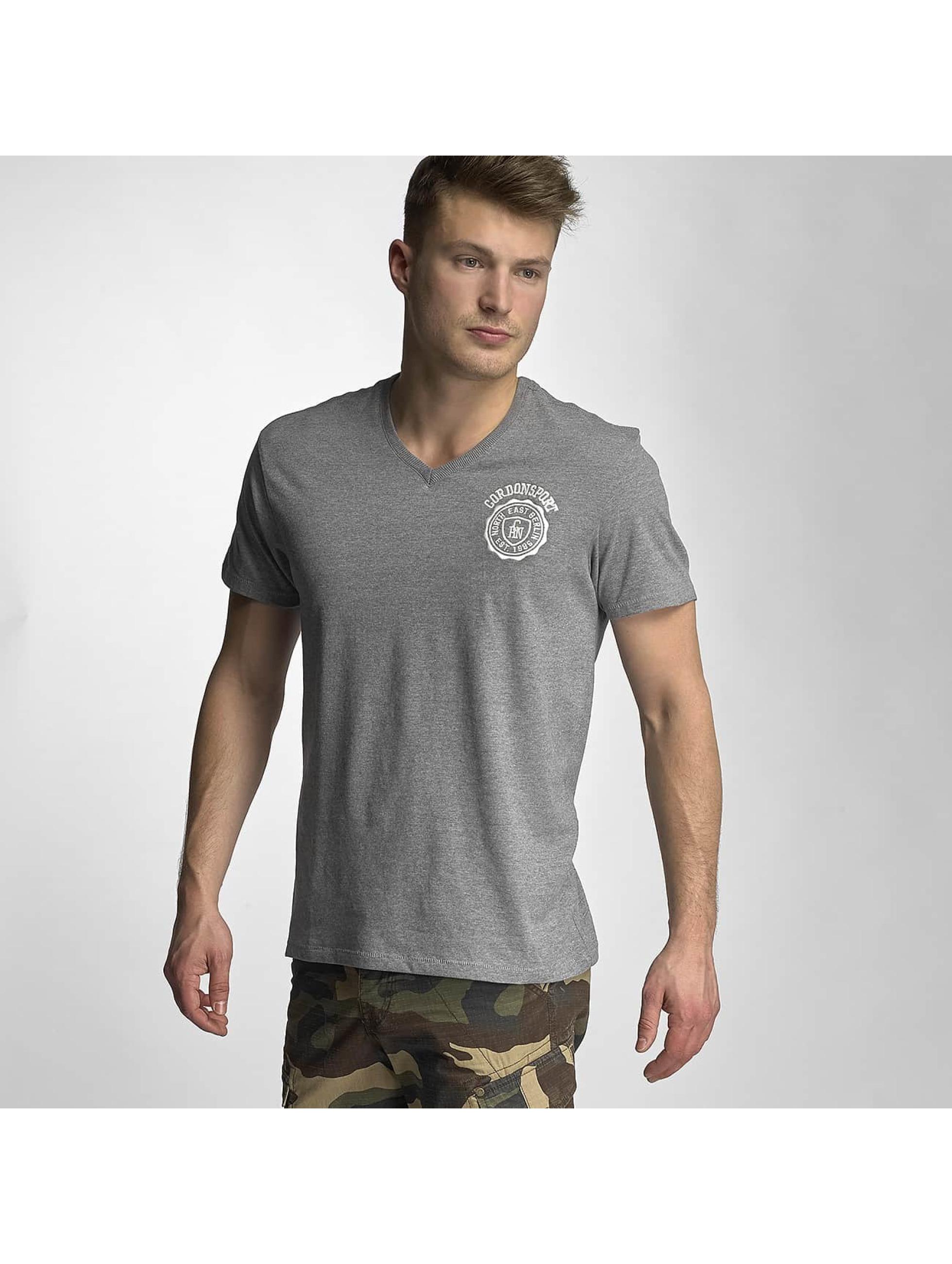 Cordon Männer T-Shirt Jens in grau - broschei