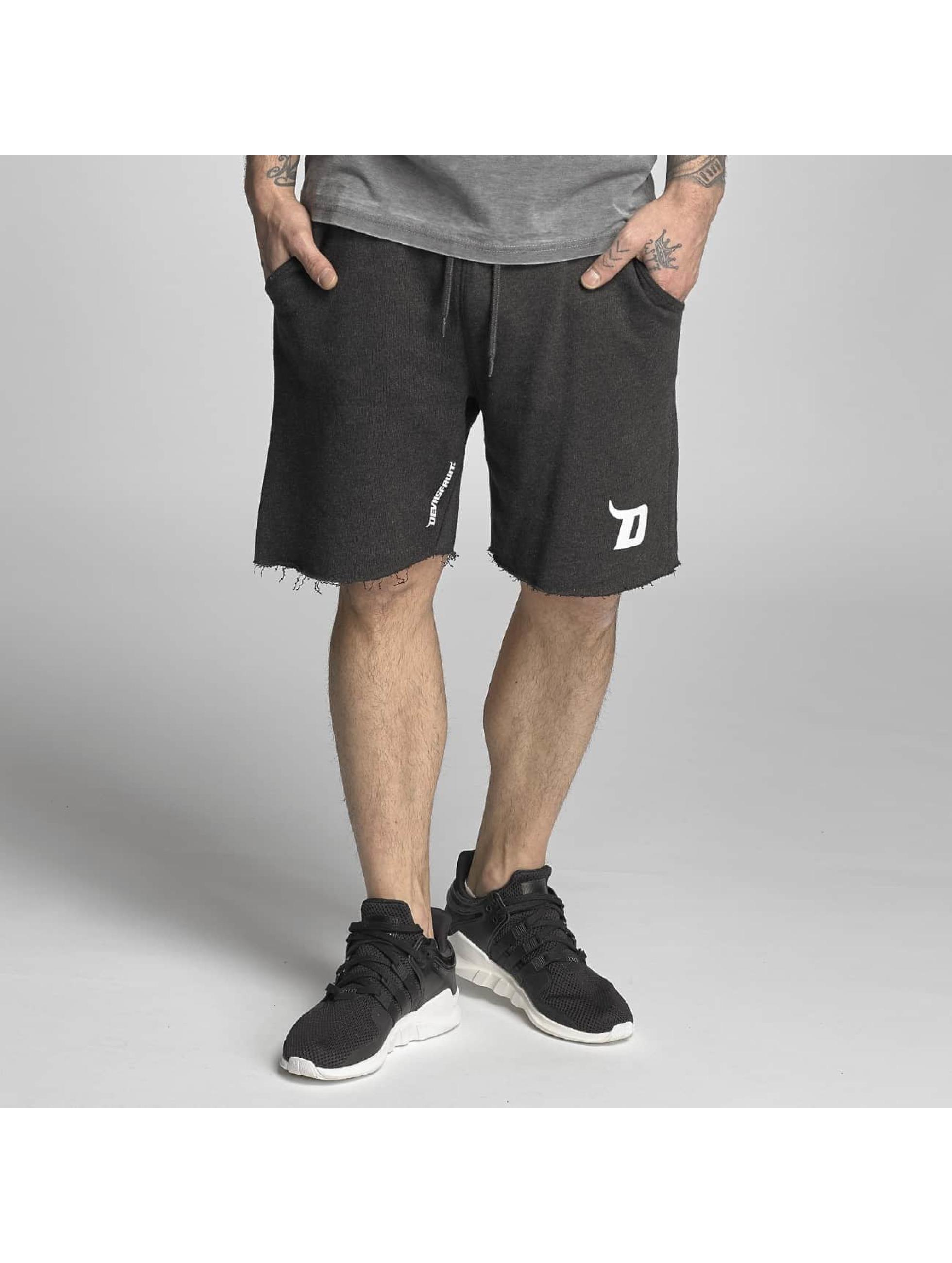Devilsfruit Männer Shorts Pamplona in schwarz