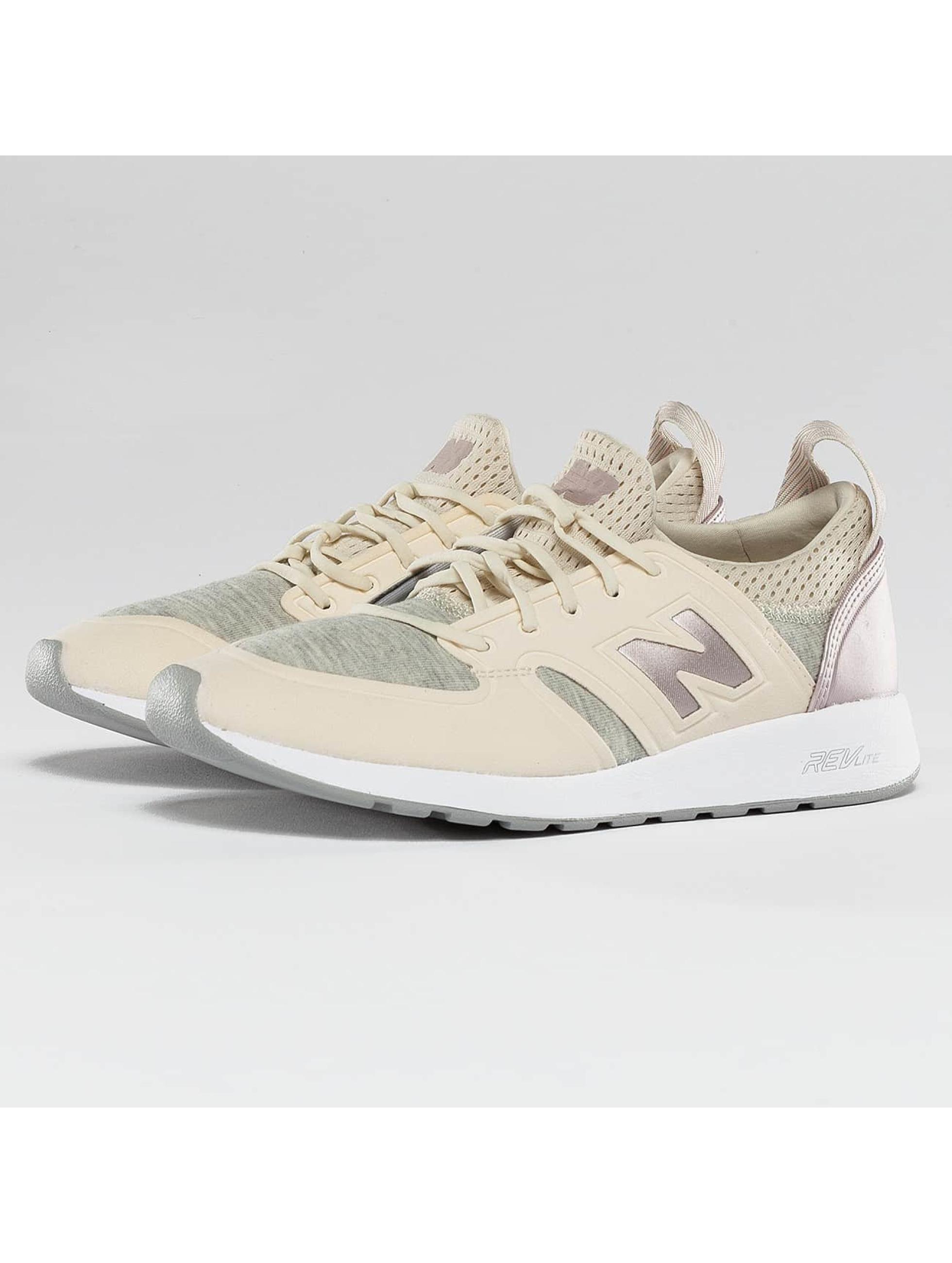 New Balance Frauen Sneaker WRL 420 REVlite Slip-On in gelb