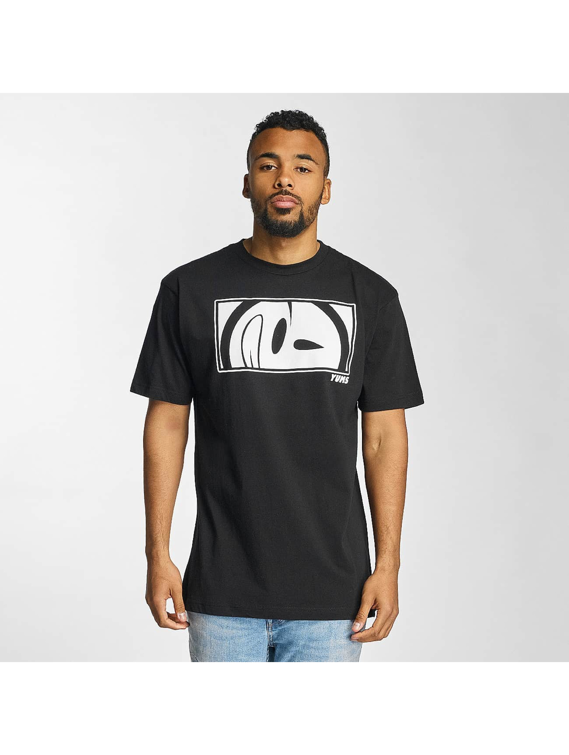 Yums Männer T-Shirt Ballistic in schwarz