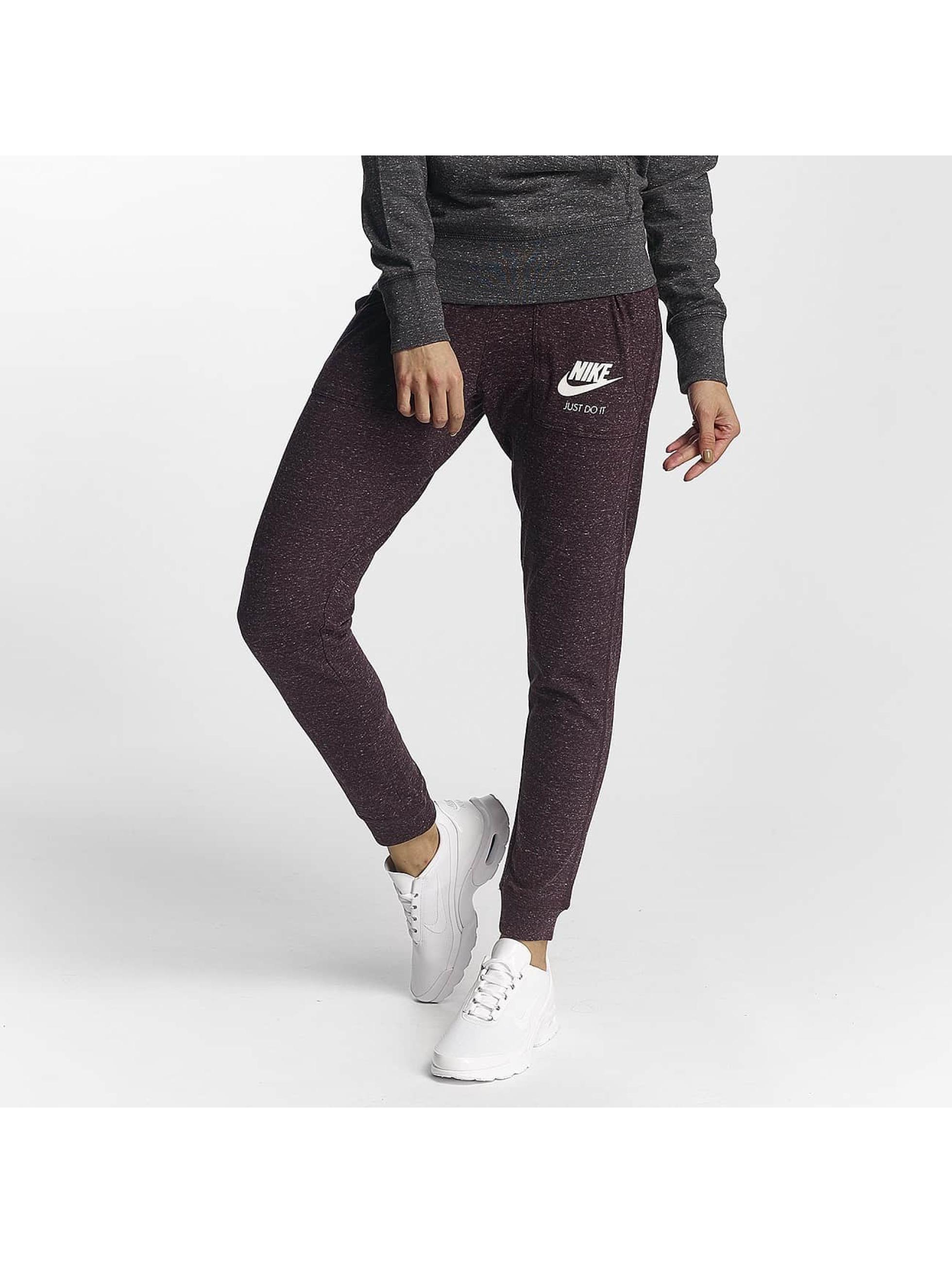 Nike Frauen Jogginghose Gym Vintage in rot
