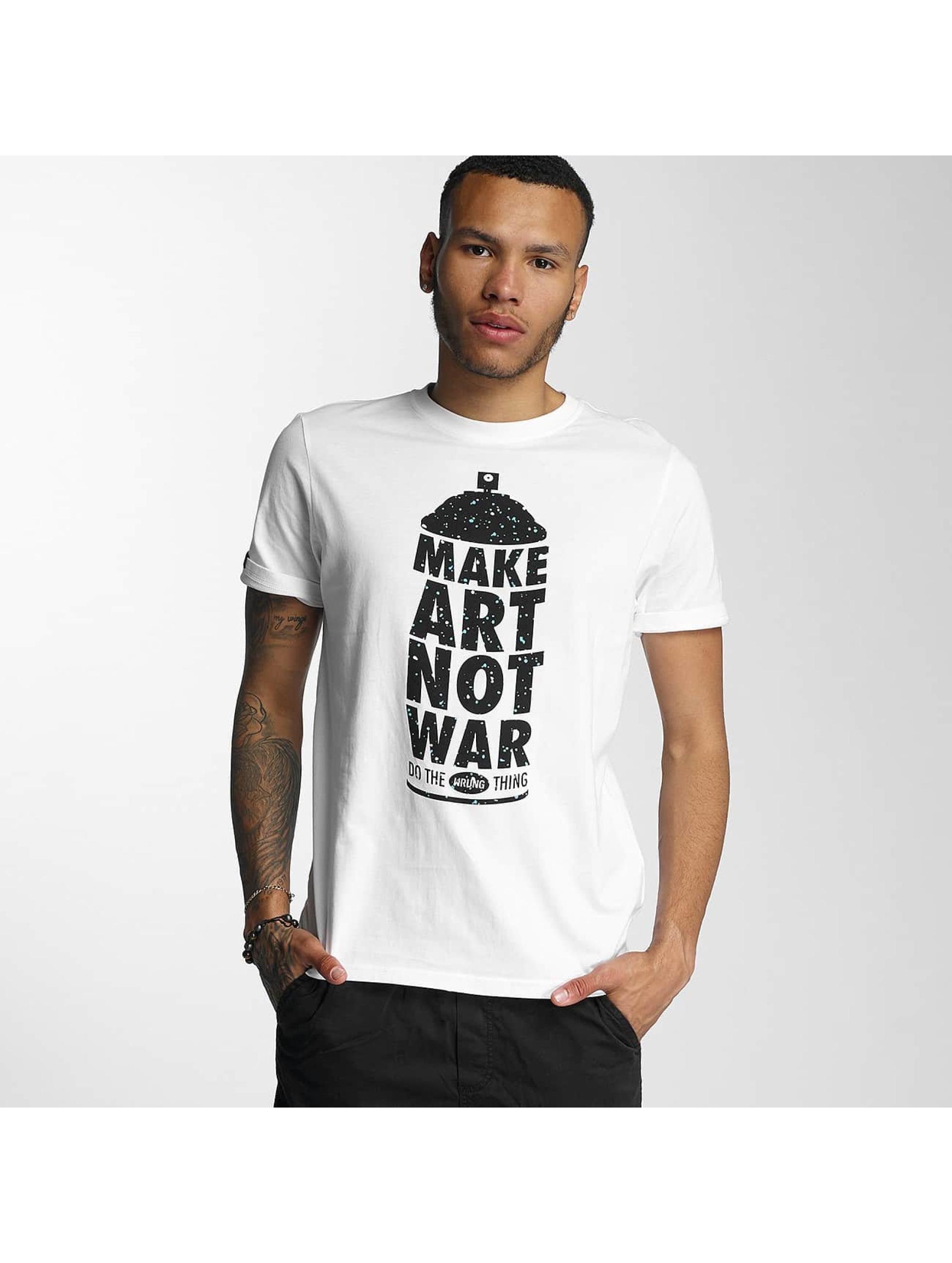 Wrung Division Männer T-Shirt Manwpainted in weiß