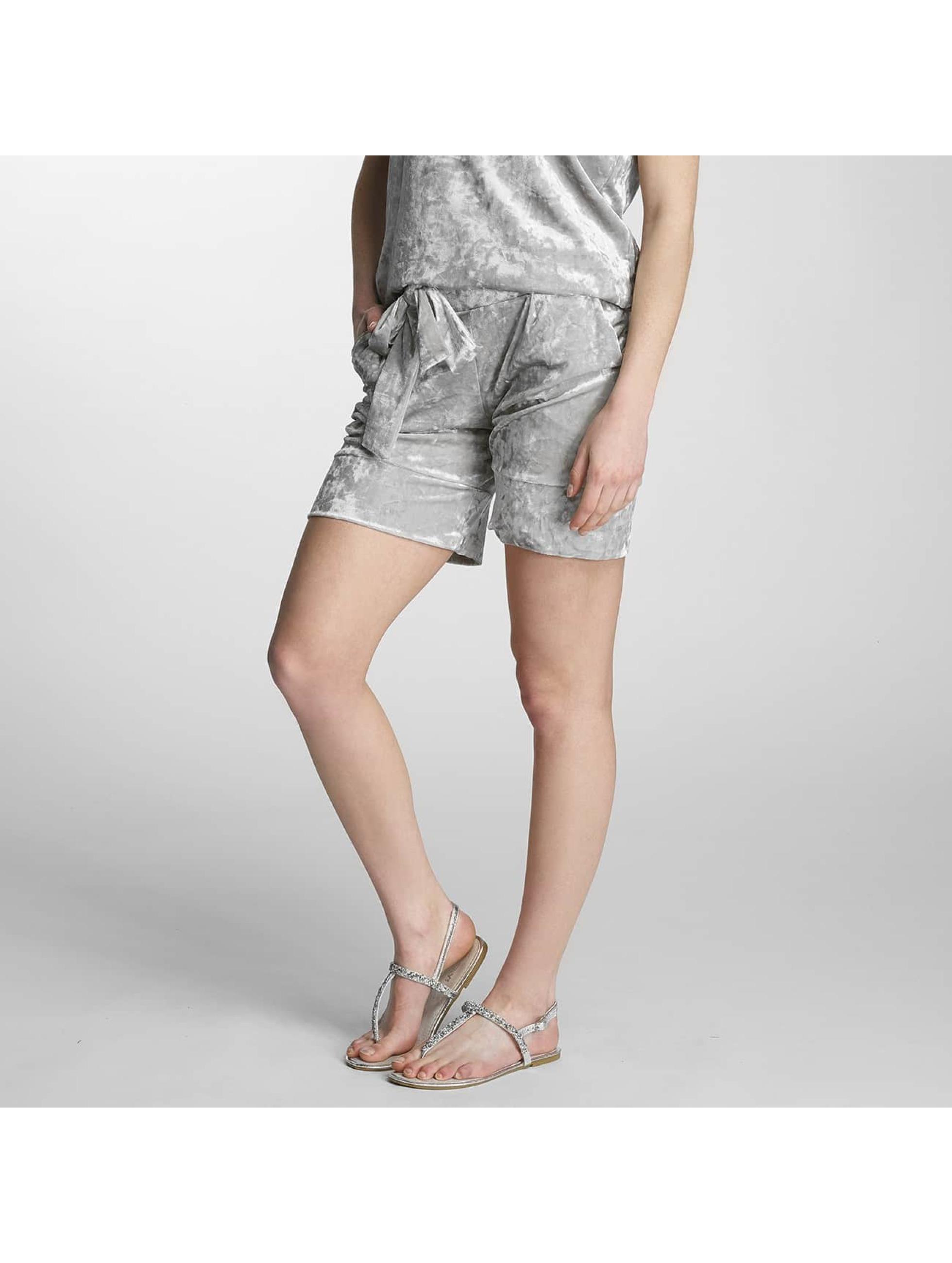 Pieces Frauen Shorts pcEdith in silberfarben