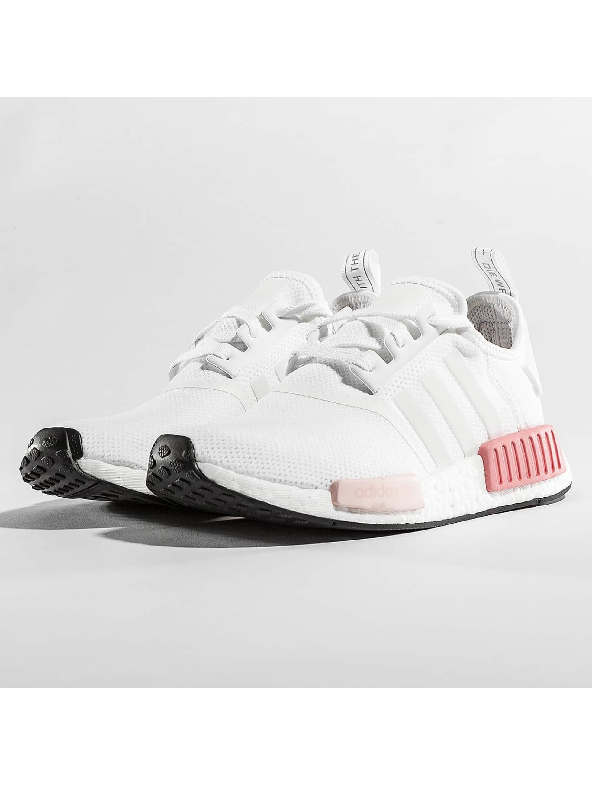 adidas Frauen Sneaker NMD_R1 W in weiß